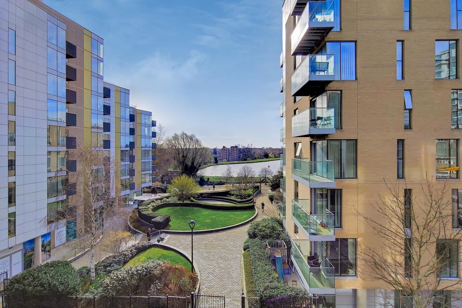 3 bed flat to rent in Goodchild Road  - Property Image 15