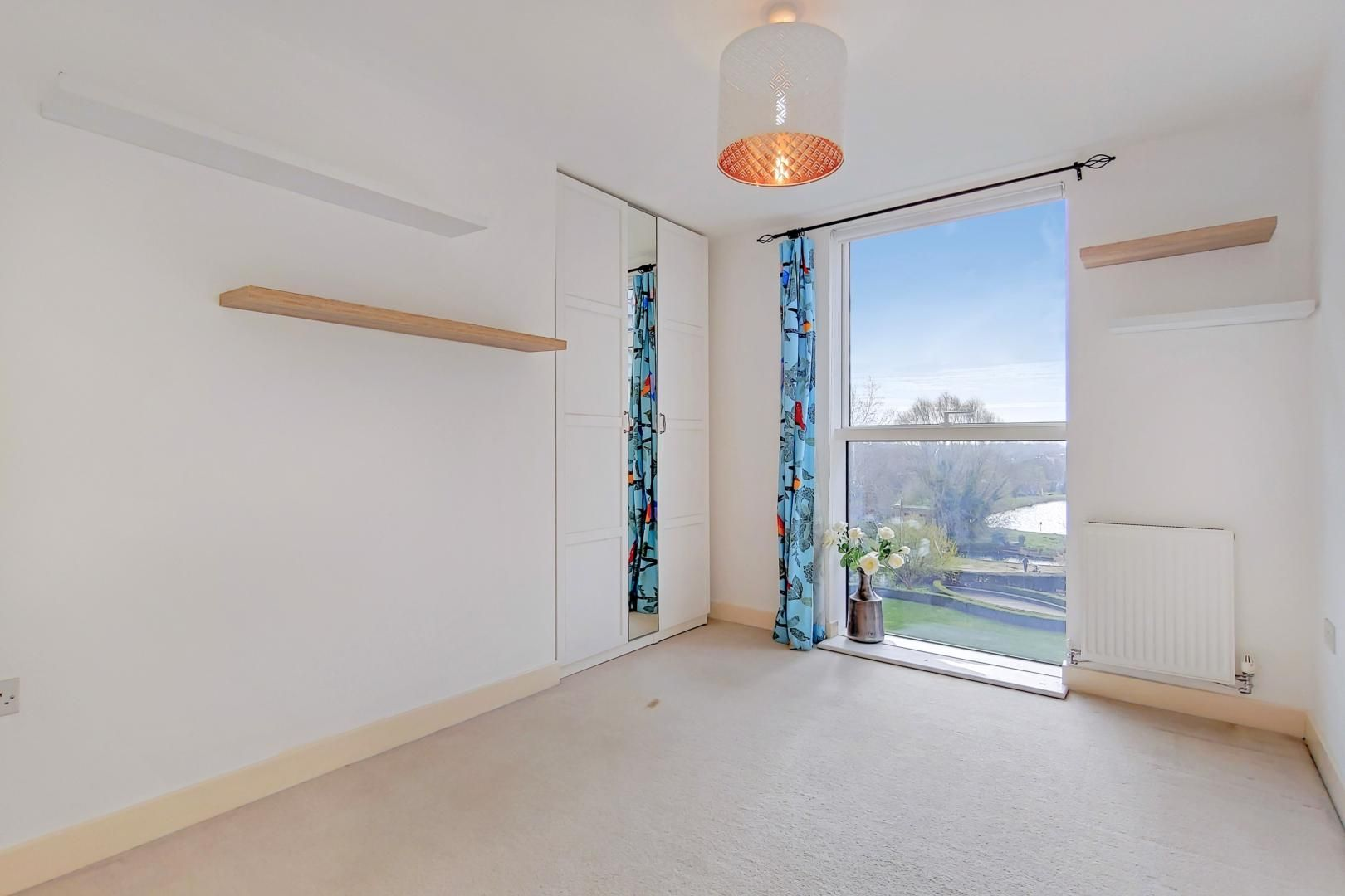 3 bed flat to rent in Goodchild Road  - Property Image 7