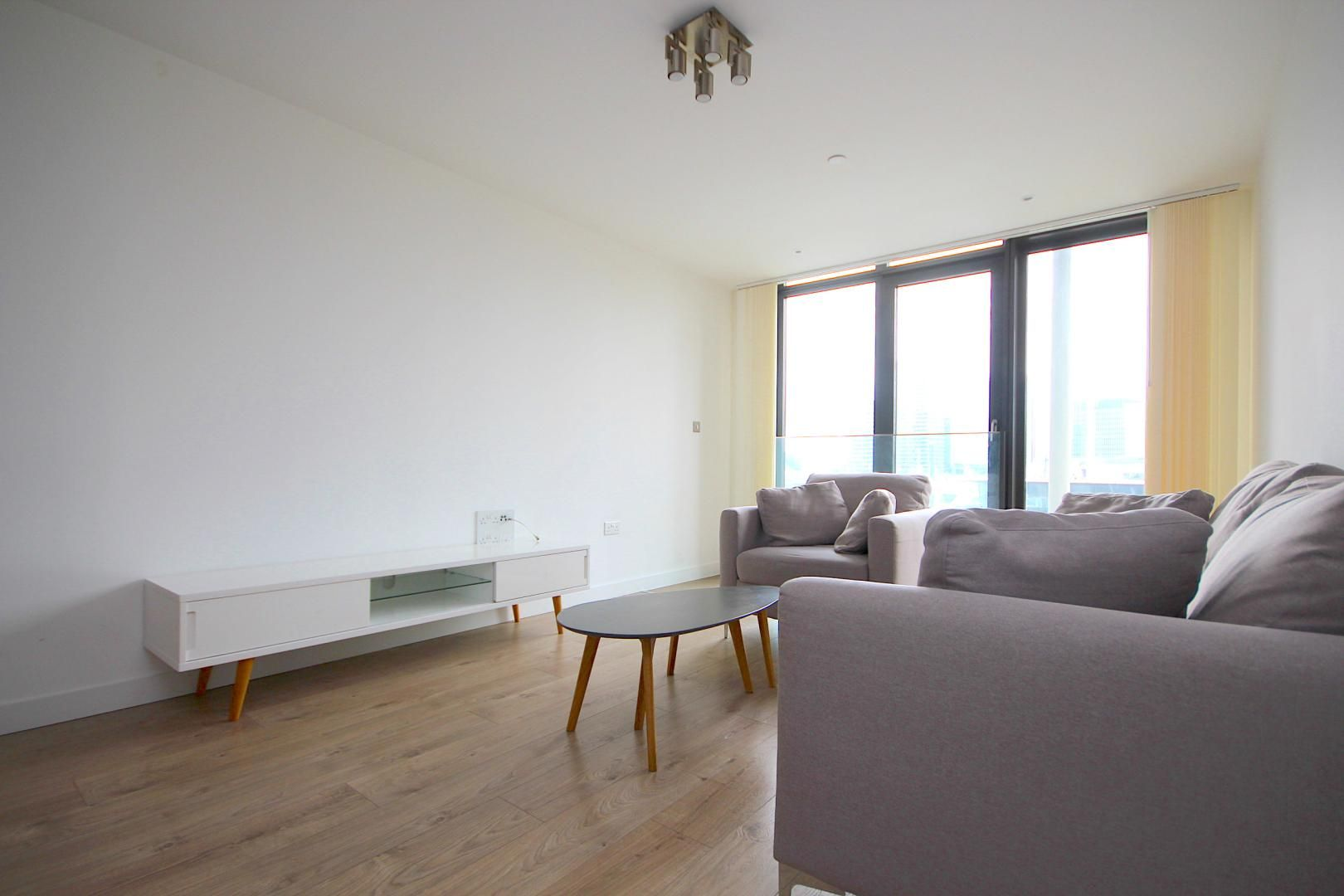 1 bed flat to rent in Great Eastern Road  - Property Image 3