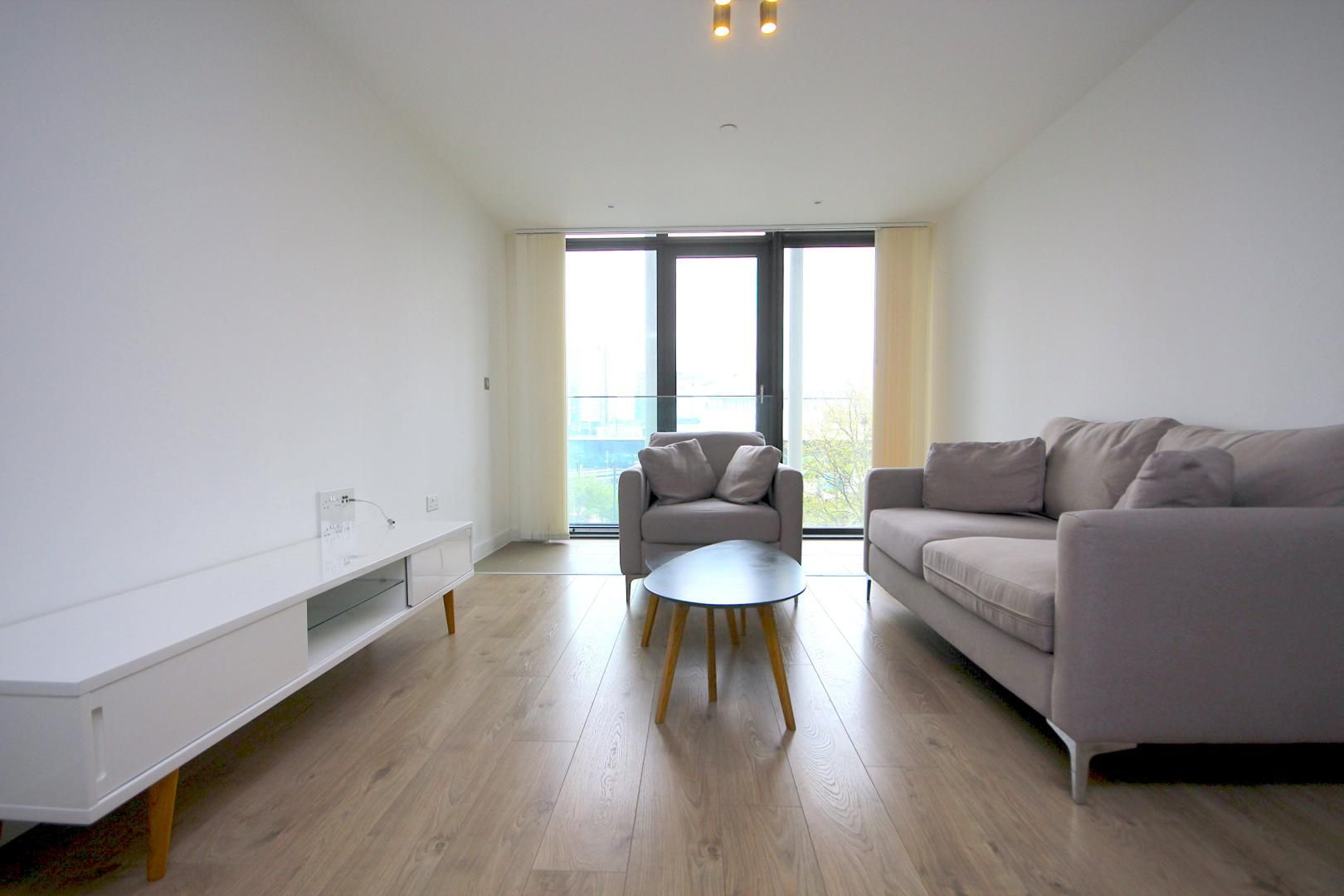 1 bed flat to rent in Great Eastern Road  - Property Image 4