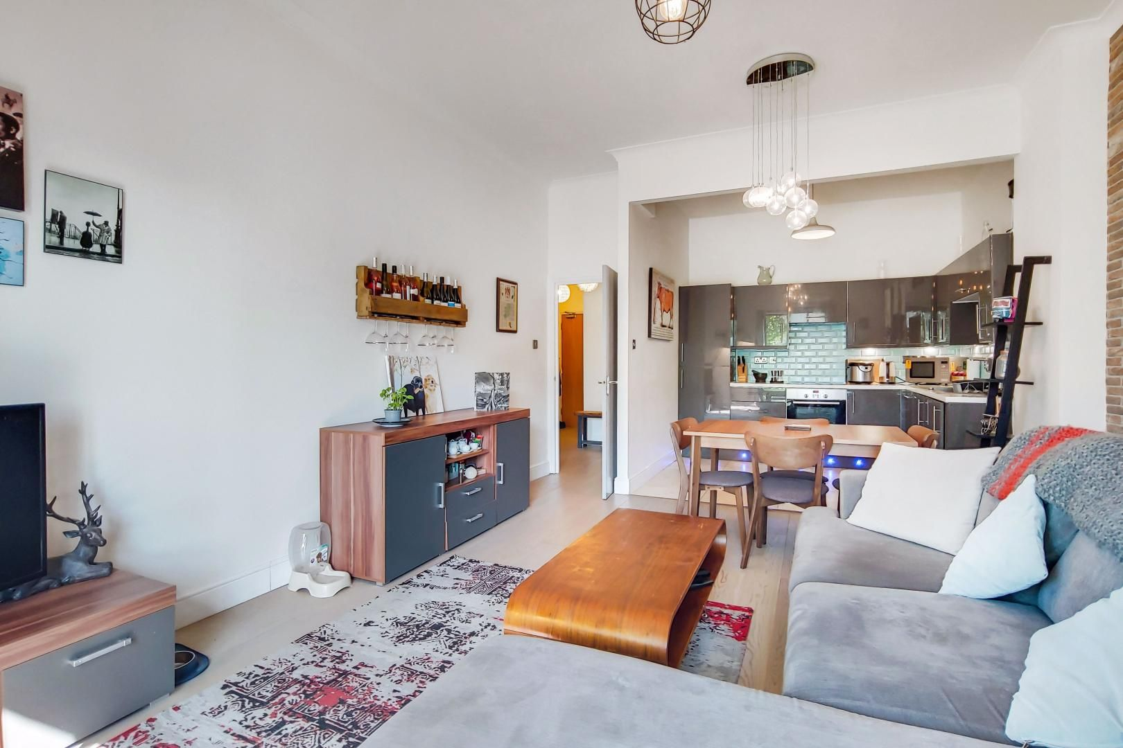 1 bed flat for sale in Slipway House  - Property Image 3