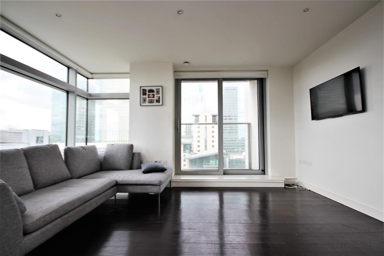 2 bed flat to rent in Pan Peninsula West, E14