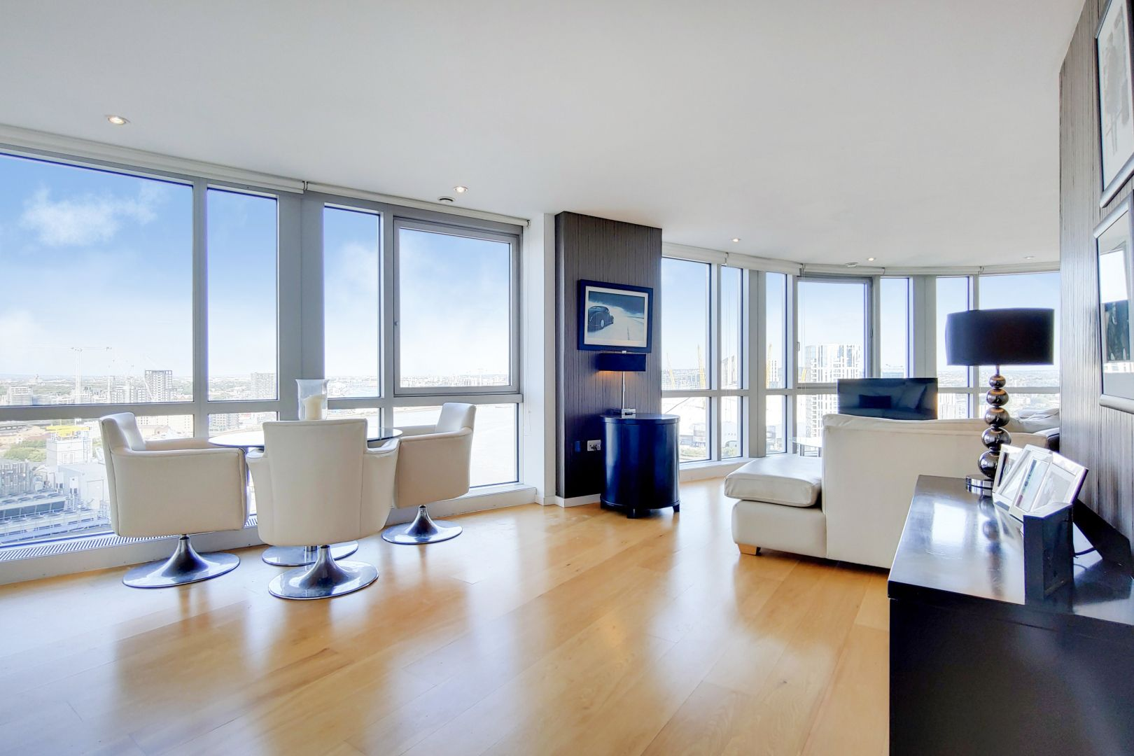 2 bed flat for sale in Ontario Tower, E14