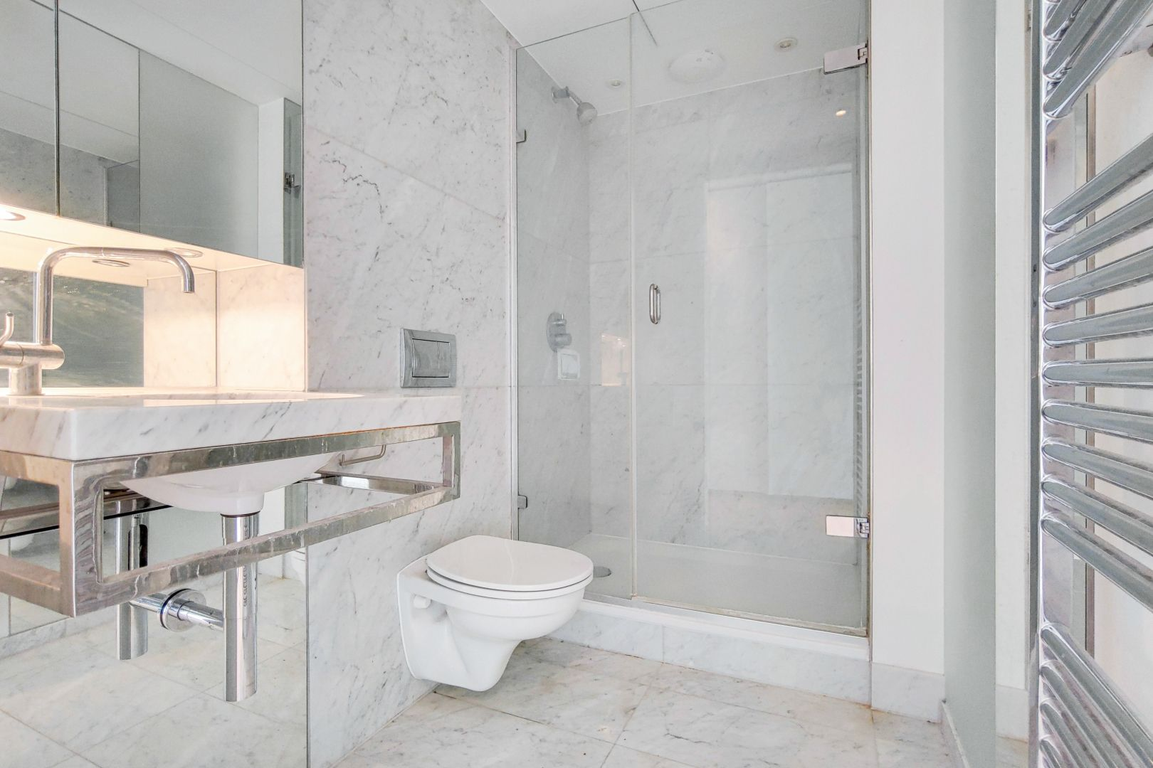 2 bed flat for sale in Ontario Tower  - Property Image 7
