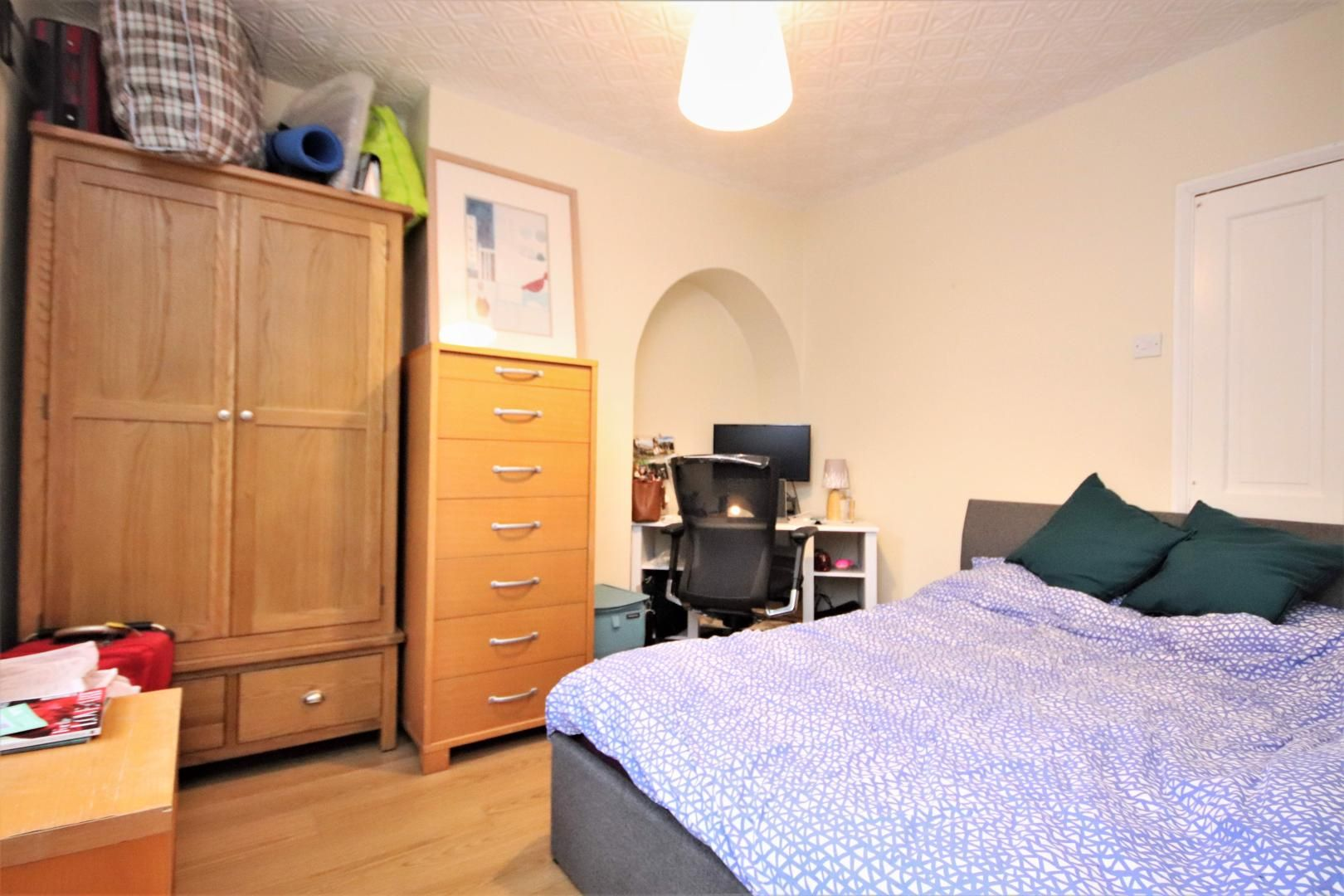 4 bed house to rent in Chapel House Street  - Property Image 4