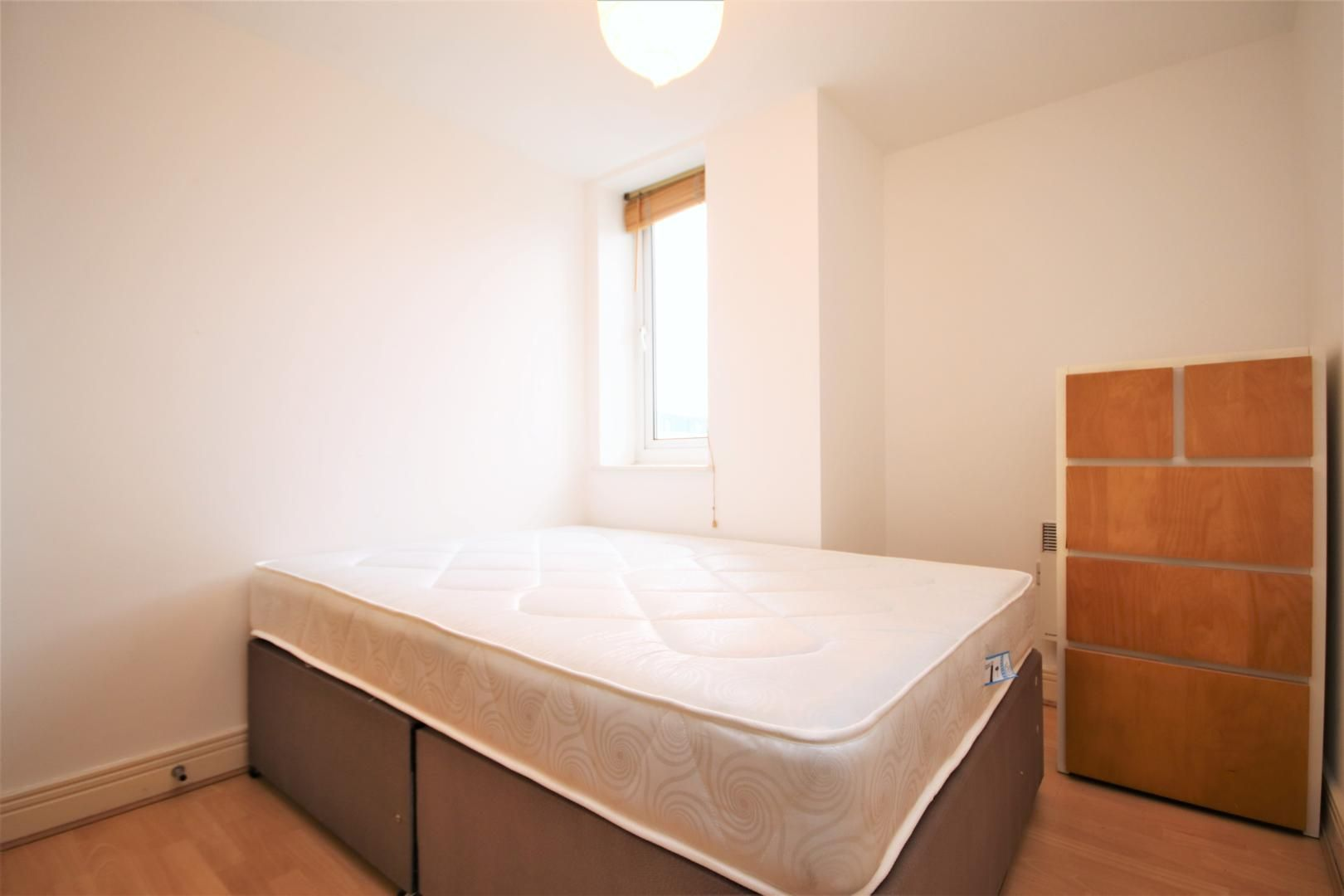 3 bed flat to rent in Hamilton House  - Property Image 7