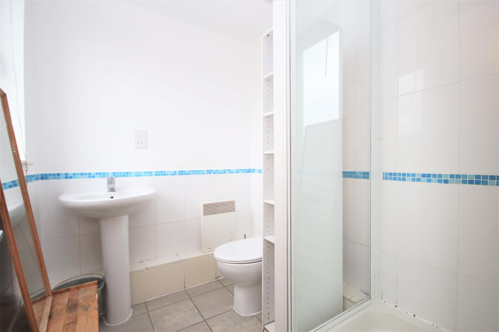 3 bed flat to rent in Hamilton House  - Property Image 9