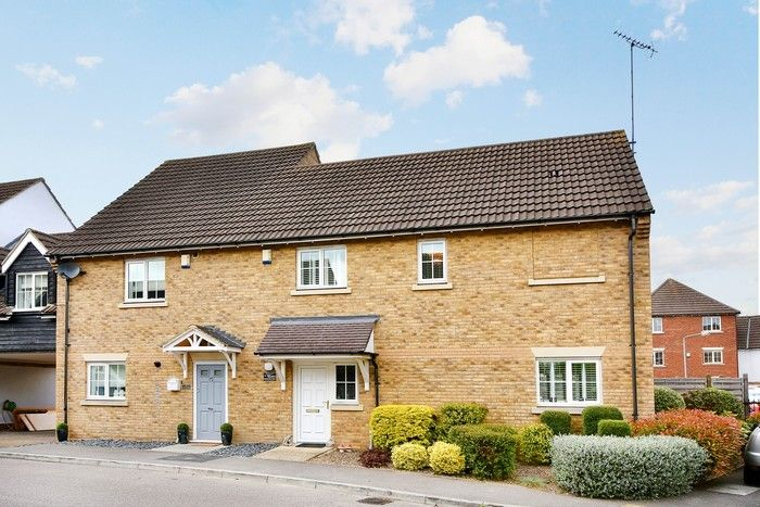 3 bed house to rent in Retreat Way, IG7