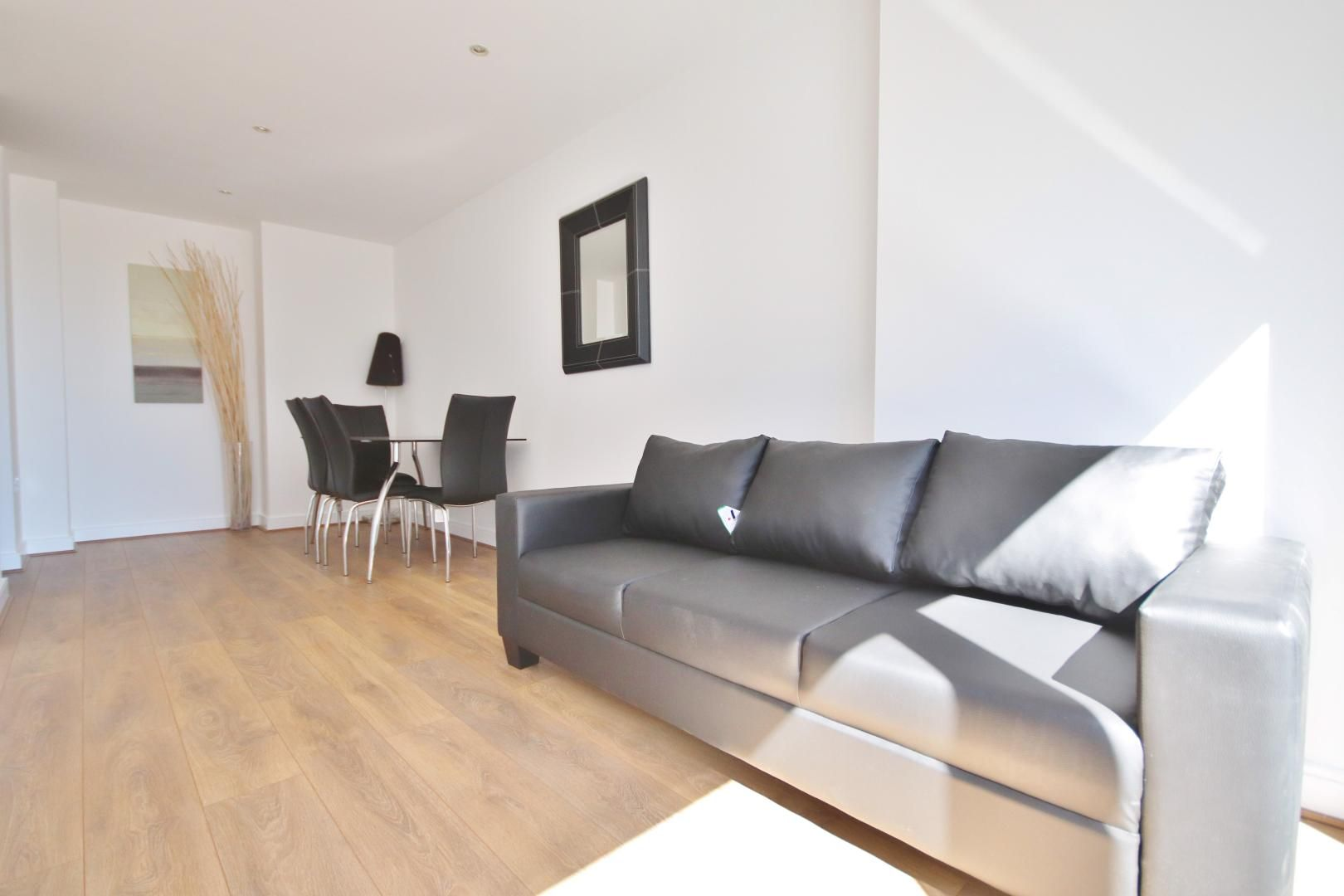2 bed flat to rent in Westgate Apartments, E16