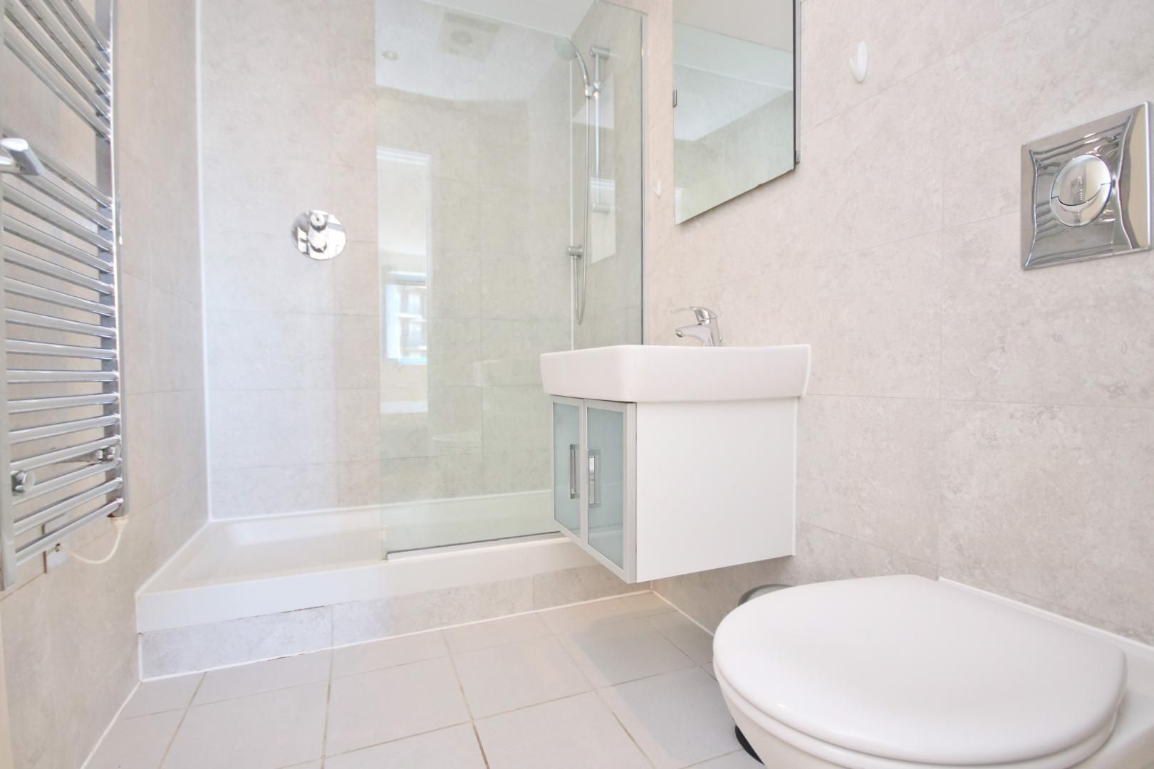 2 bed flat to rent in Westgate Apartments  - Property Image 4