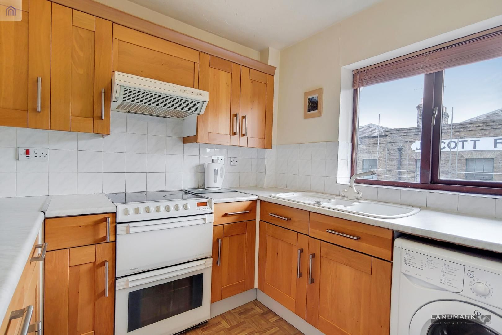 2 bed flat for sale in Tyndale Court  - Property Image 3