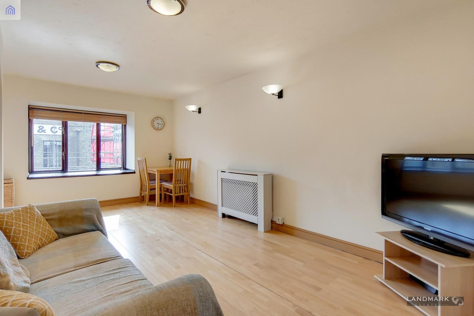2 bed flat for sale in Tyndale Court  - Property Image 5