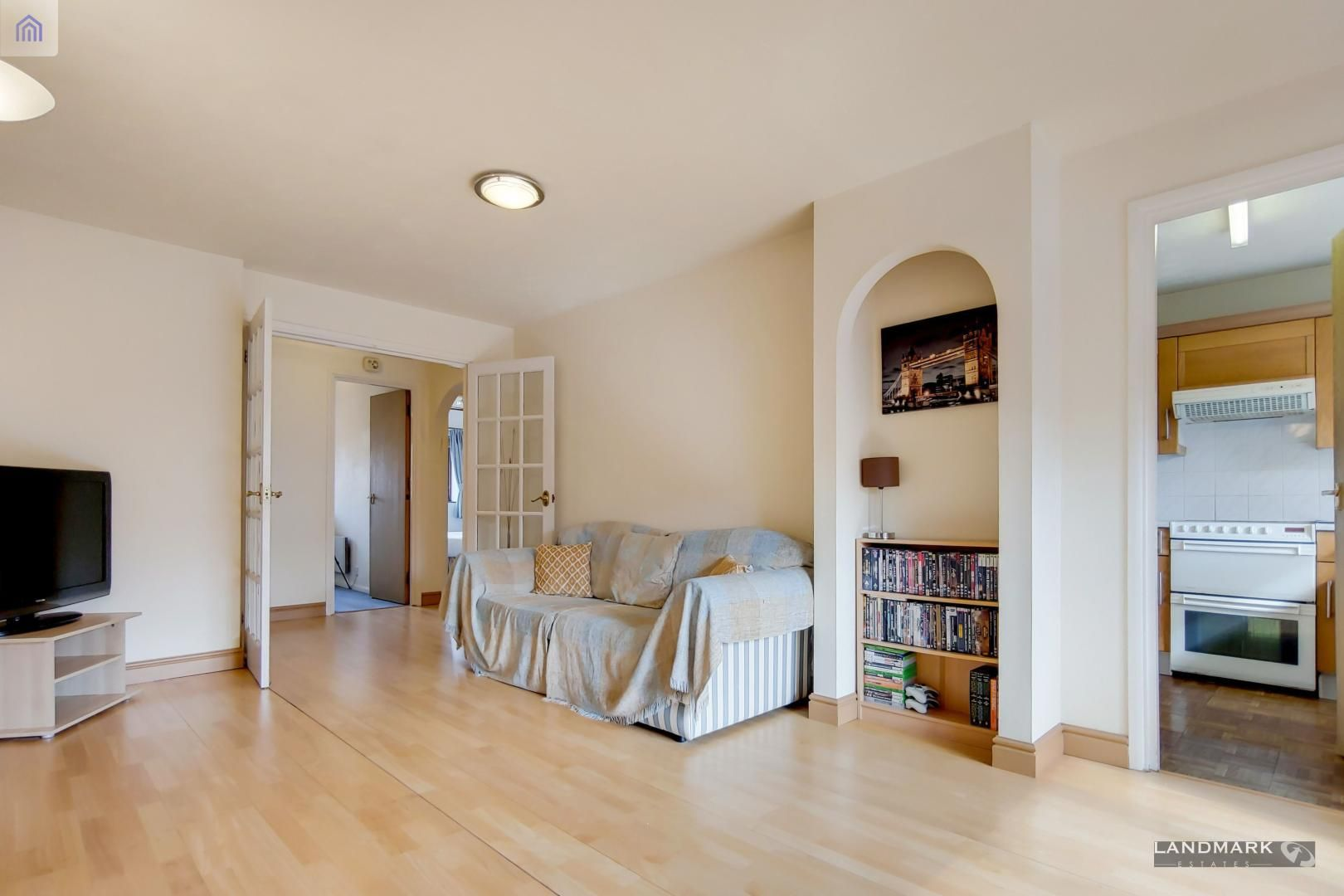 2 bed flat for sale in Tyndale Court  - Property Image 7