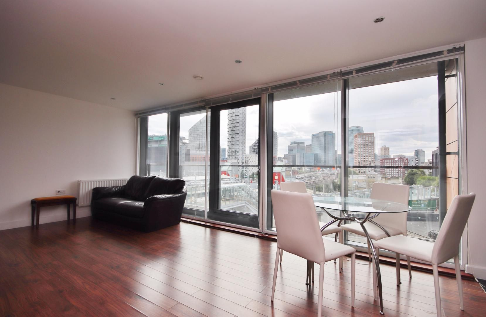 2 bed flat to rent in Elektron Tower, E14
