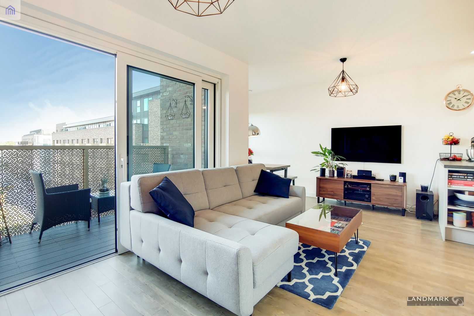 2 bed flat for sale in Nyland Court  - Property Image 2