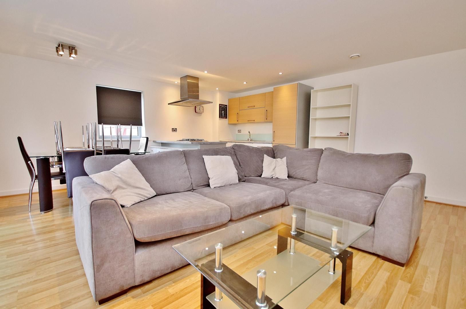 3 bed flat to rent in Ellison Apartments, E3