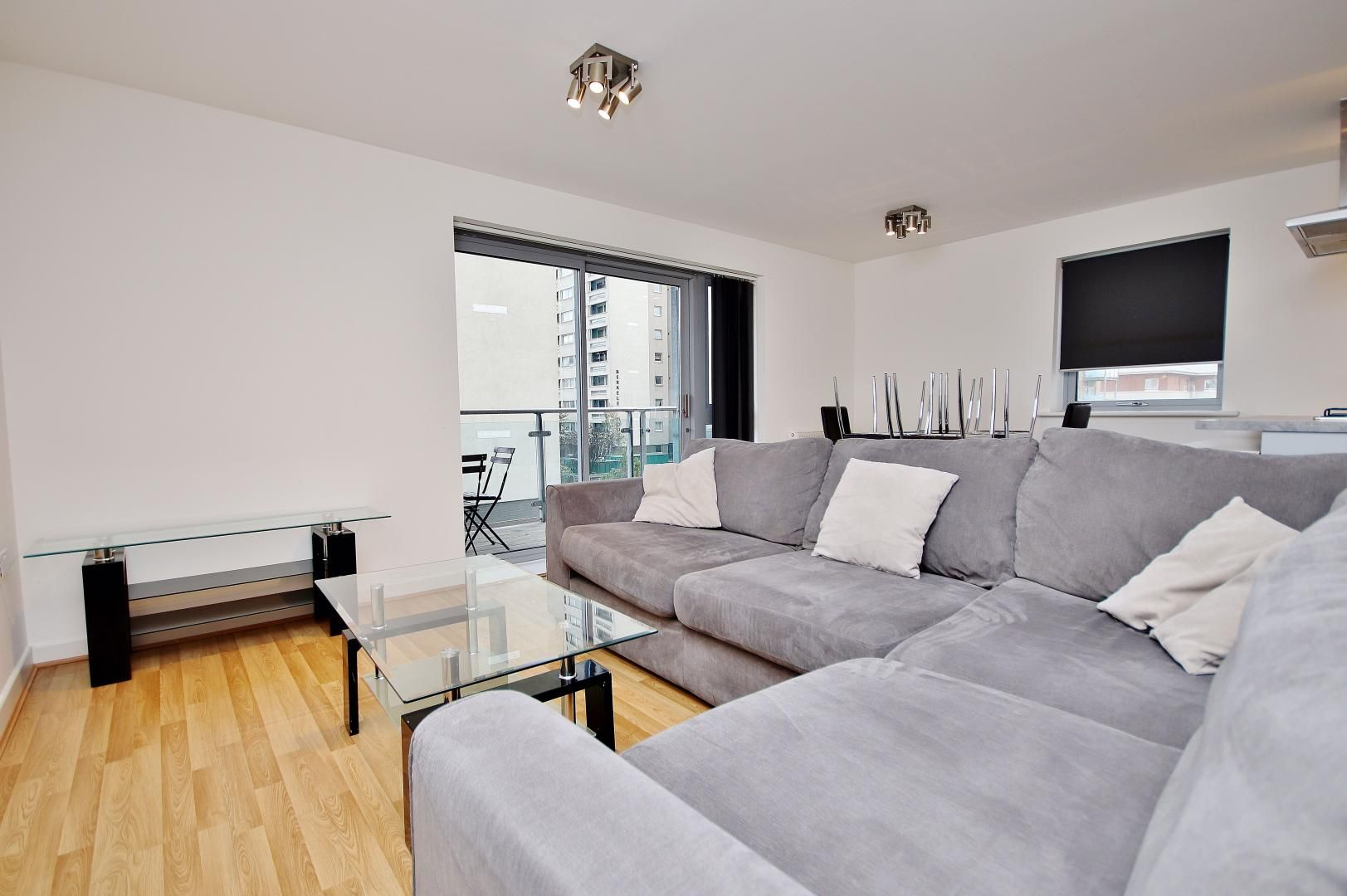 3 bed flat to rent in Ellison Apartments  - Property Image 2