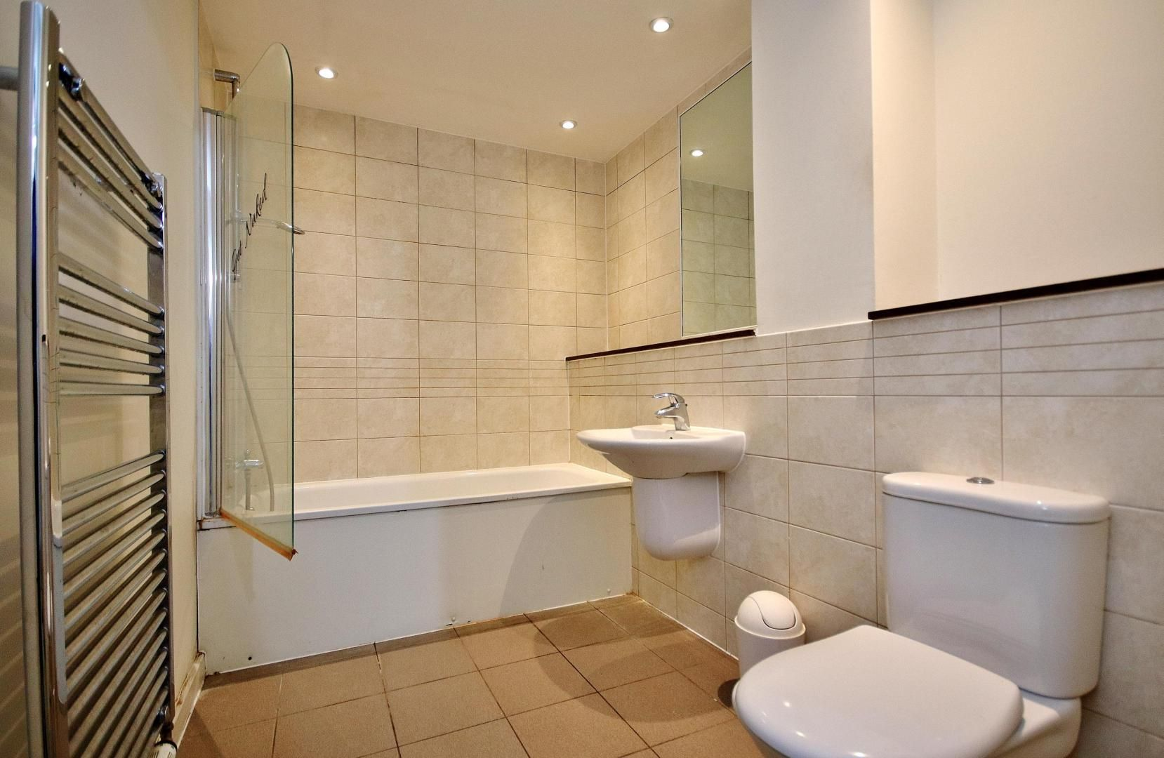 3 bed flat to rent in Ellison Apartments  - Property Image 11