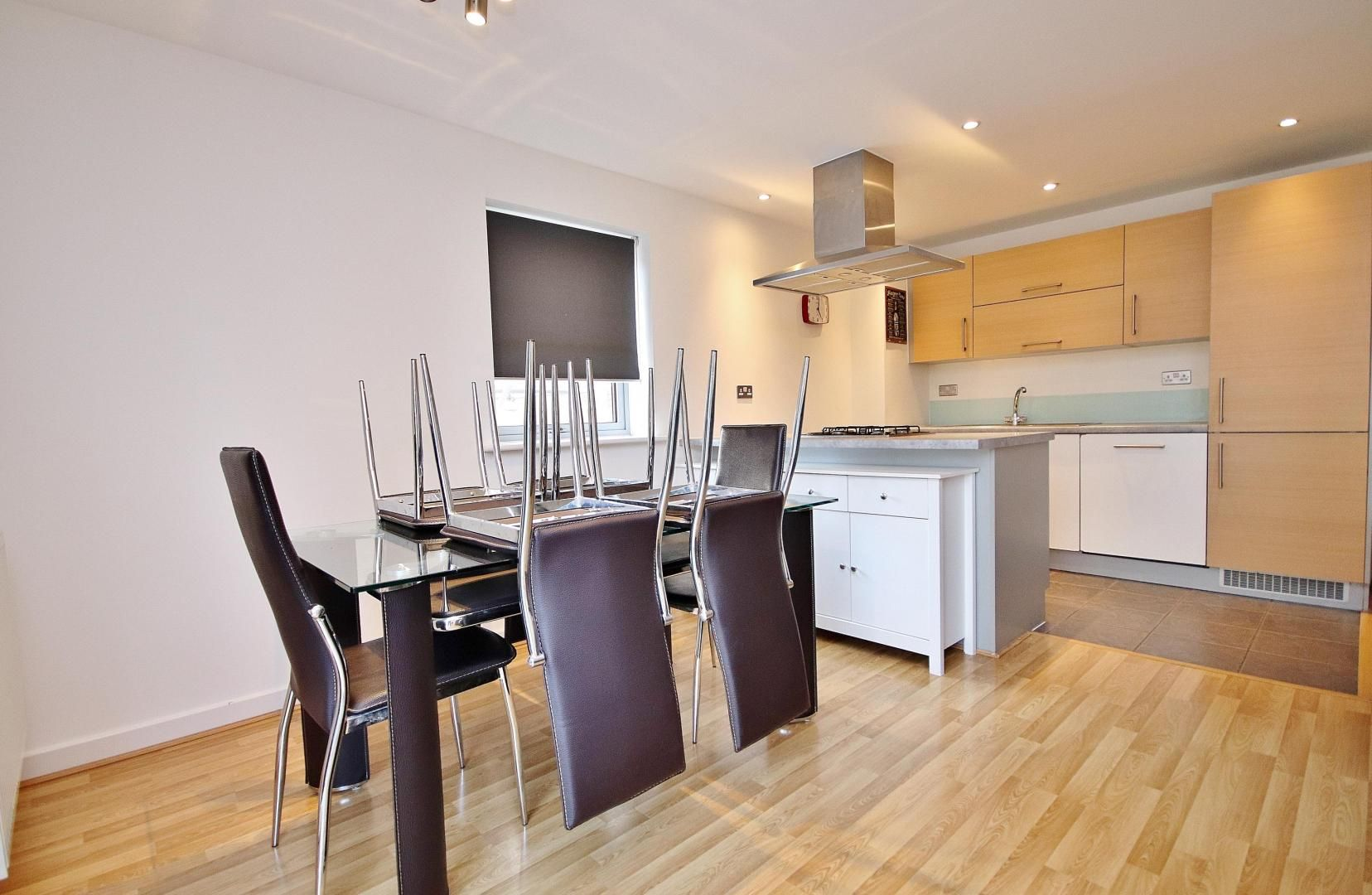 3 bed flat to rent in Ellison Apartments  - Property Image 3