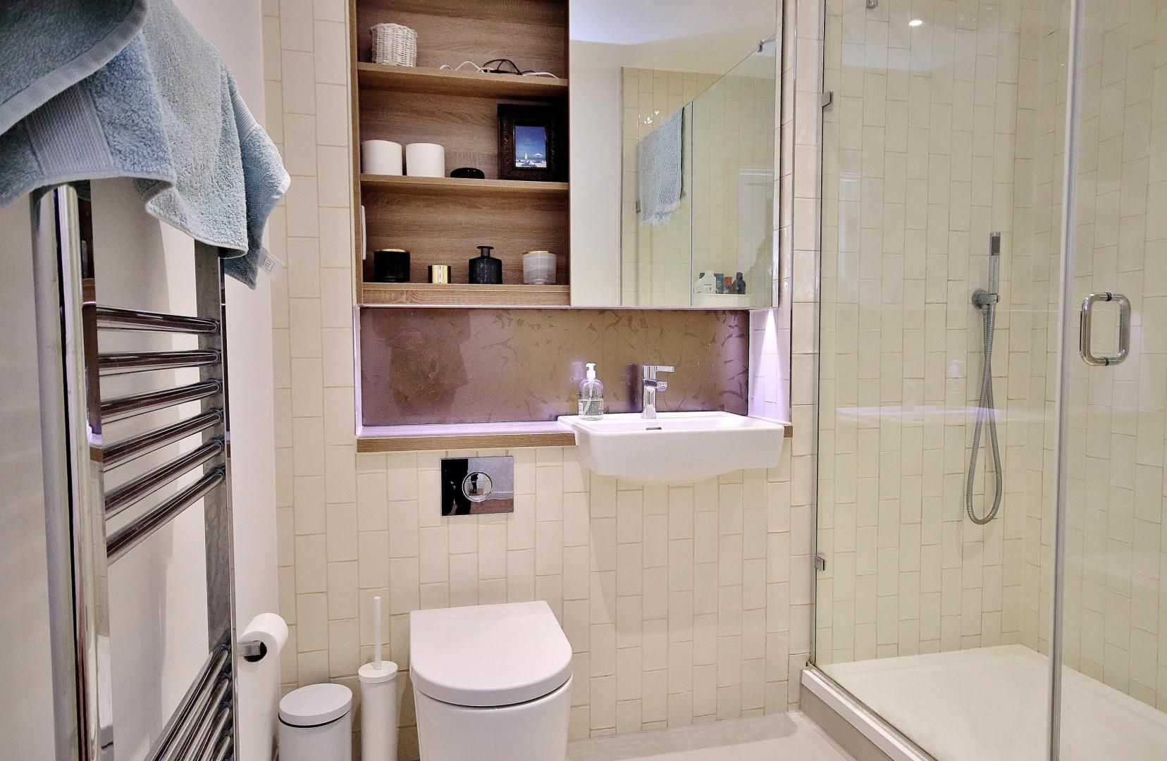 2 bed flat for sale in Grayston House  - Property Image 8