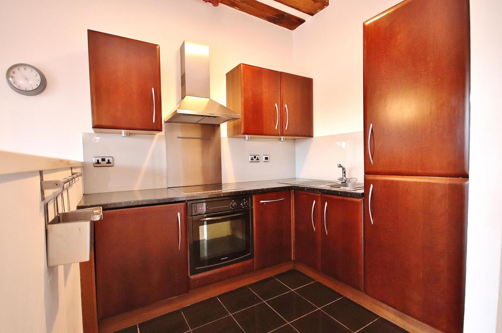 1 bed flat for sale in Plate House  - Property Image 3