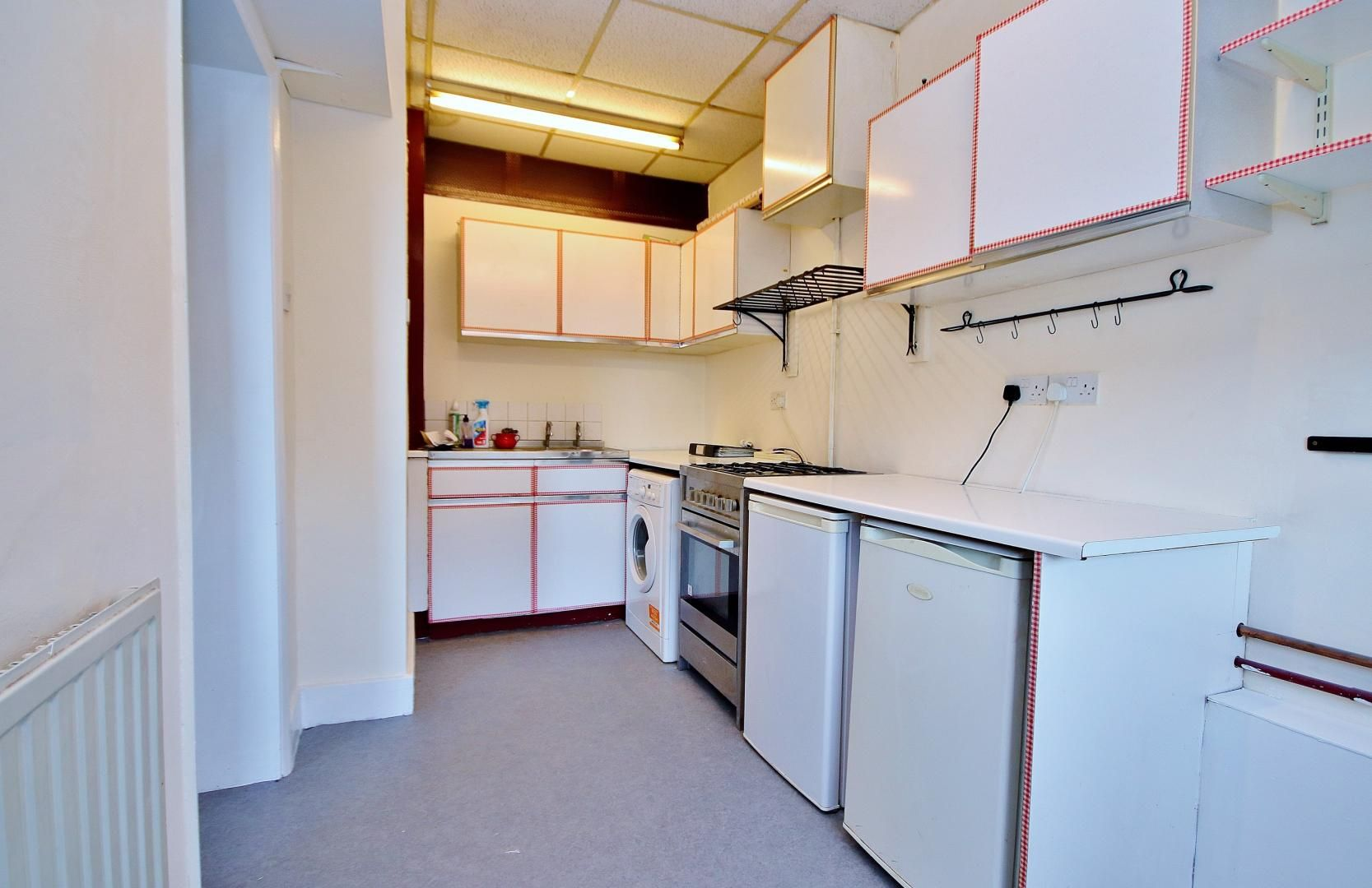1 bed flat to rent in Dunstan House  - Property Image 2