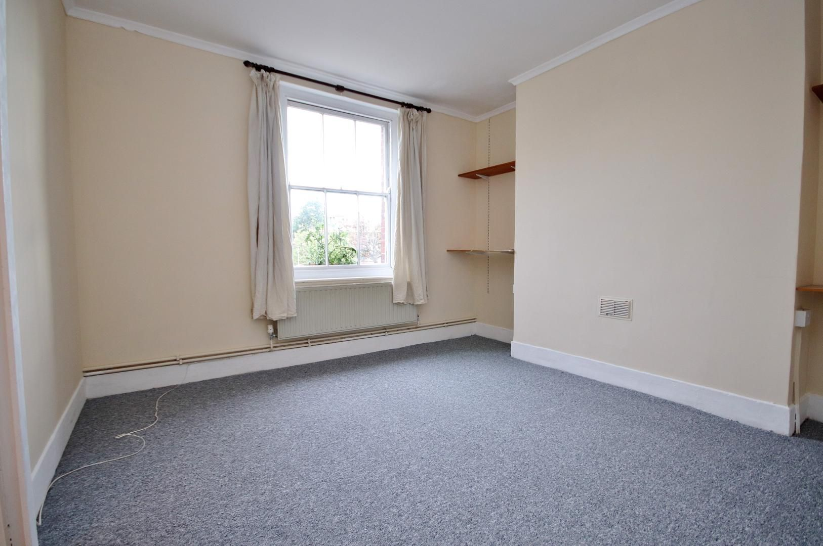 1 bed flat to rent in Dunstan House  - Property Image 4