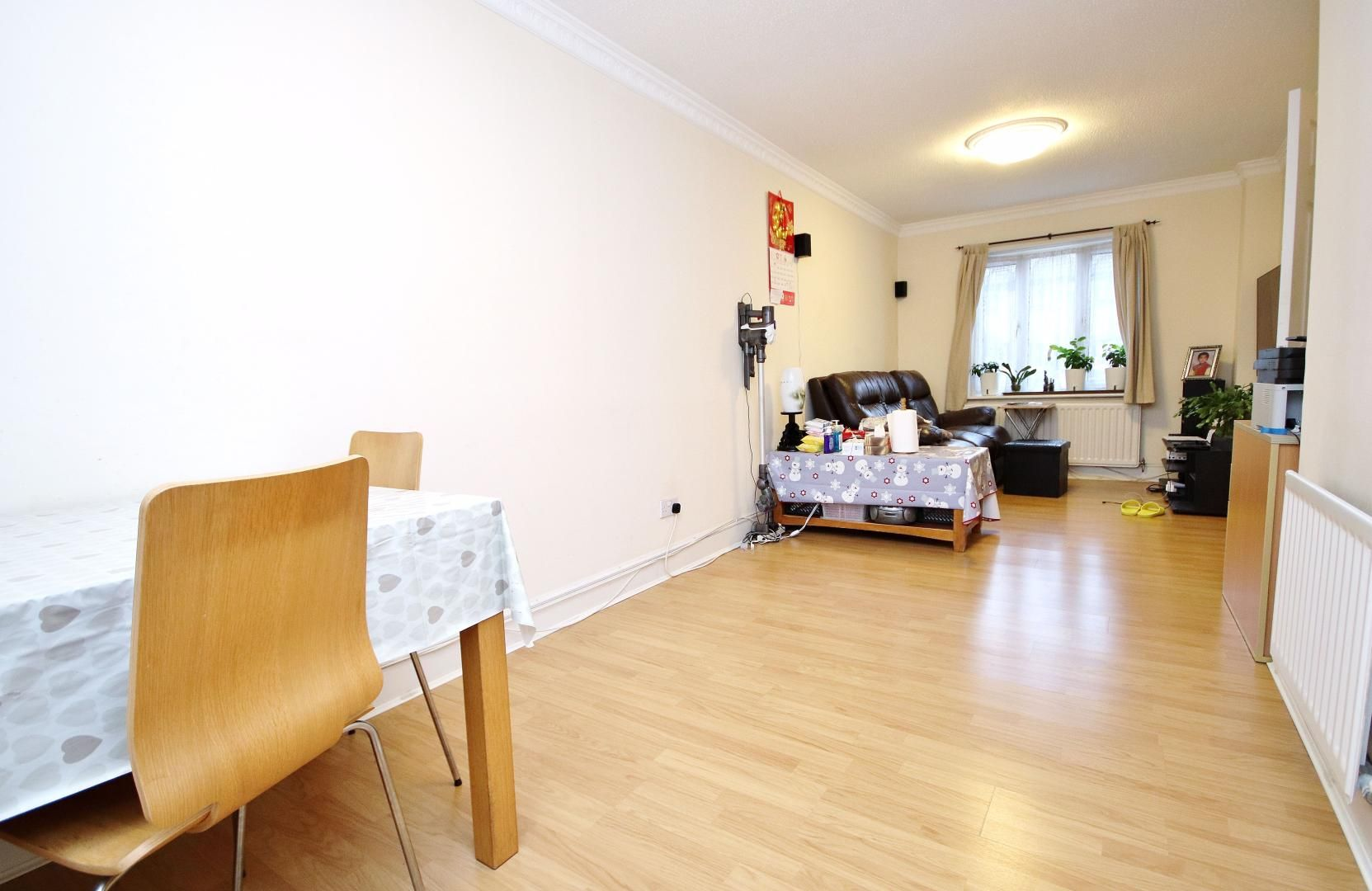 3 bed house for sale in Bracken Close  - Property Image 2