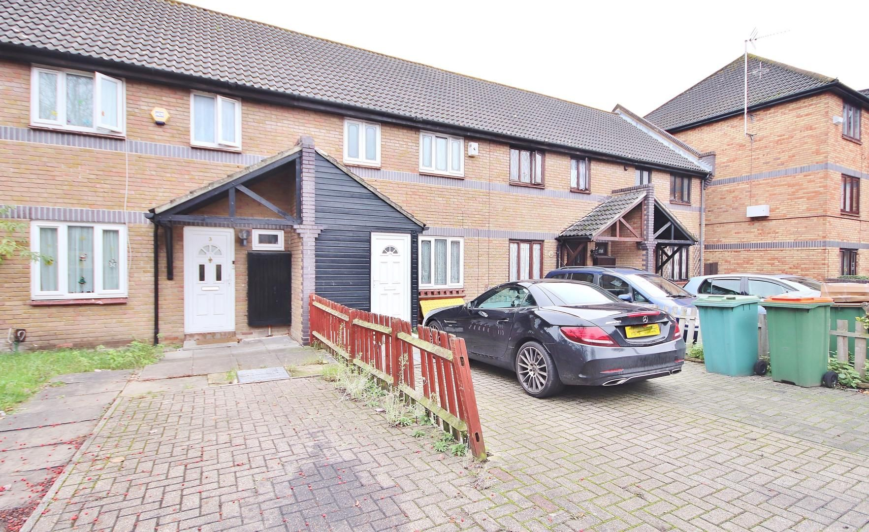 3 bed house for sale in Bracken Close  - Property Image 11