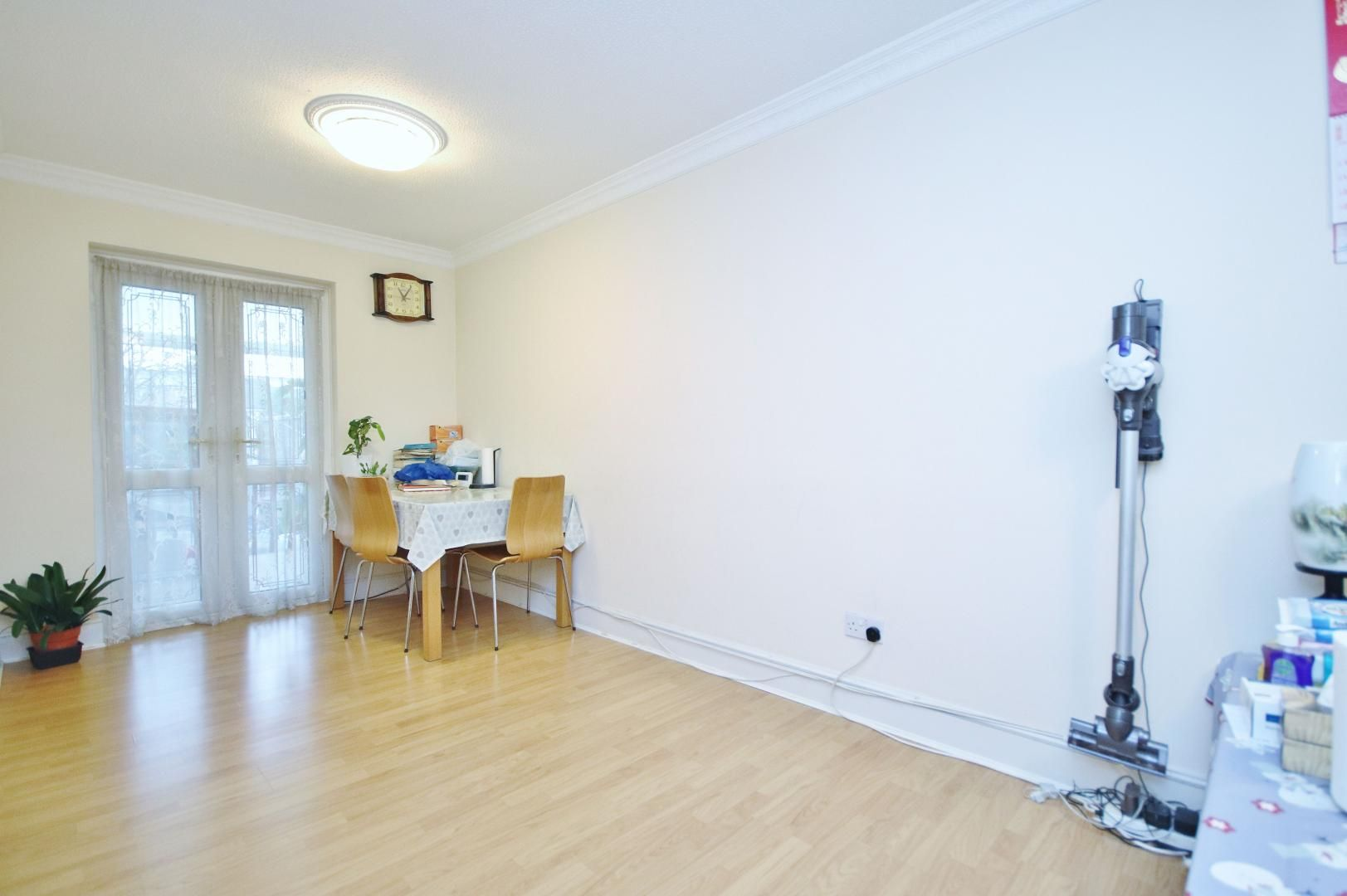 3 bed house for sale in Bracken Close  - Property Image 3