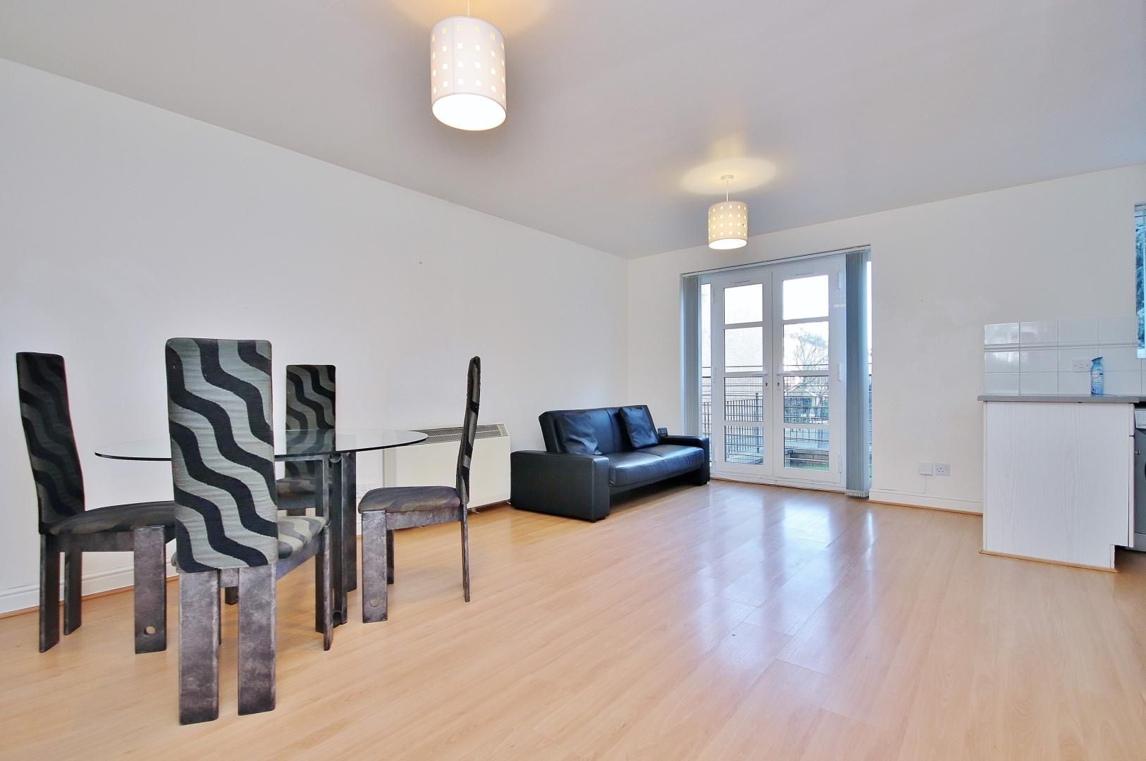 2 bed  to rent in Langbourne Place, E14