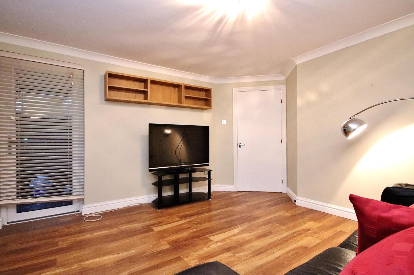 2 bed flat to rent in Thomas Cribb Mews, E6