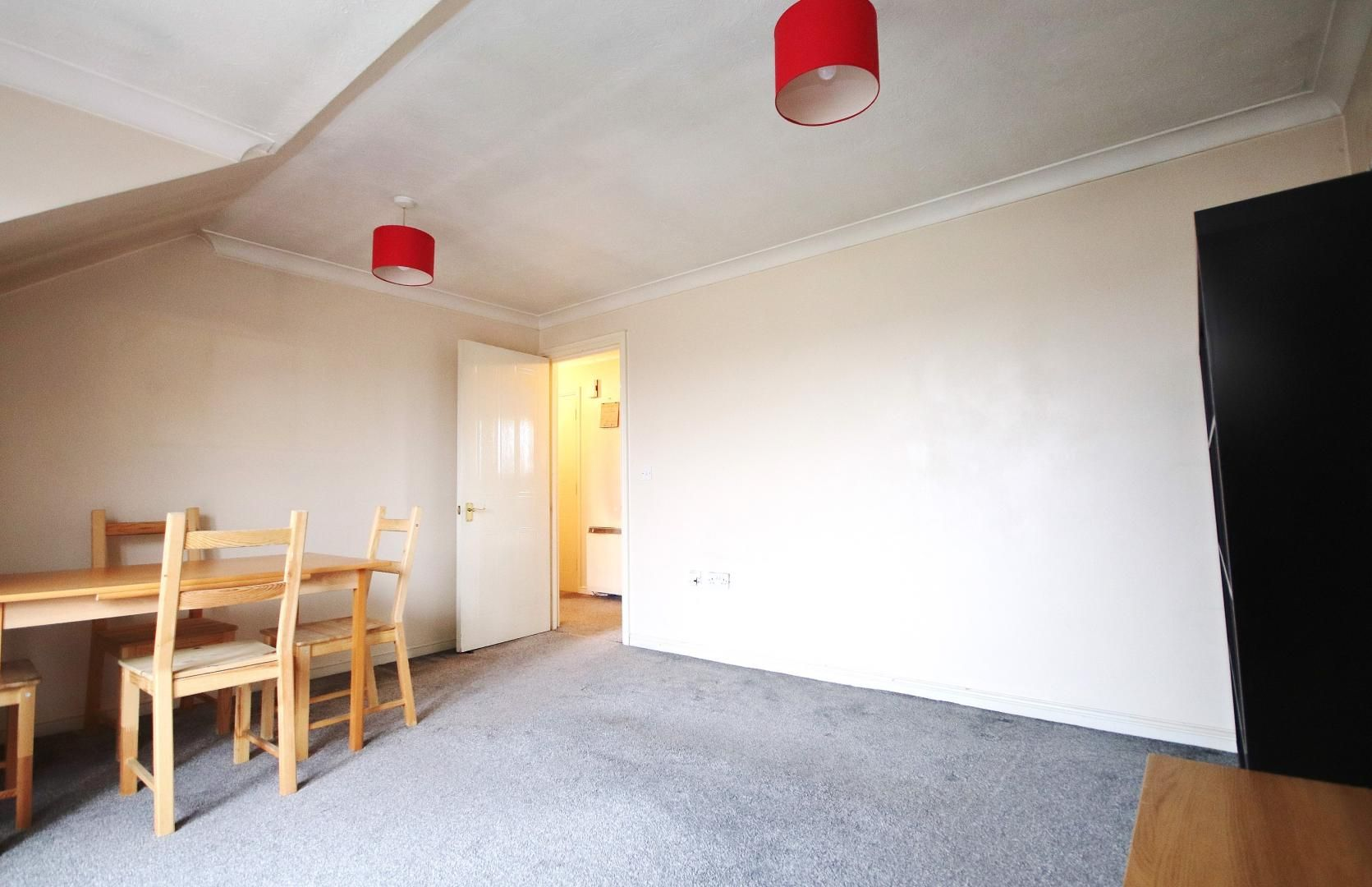 1 bed flat for sale in Ridley Close  - Property Image 2