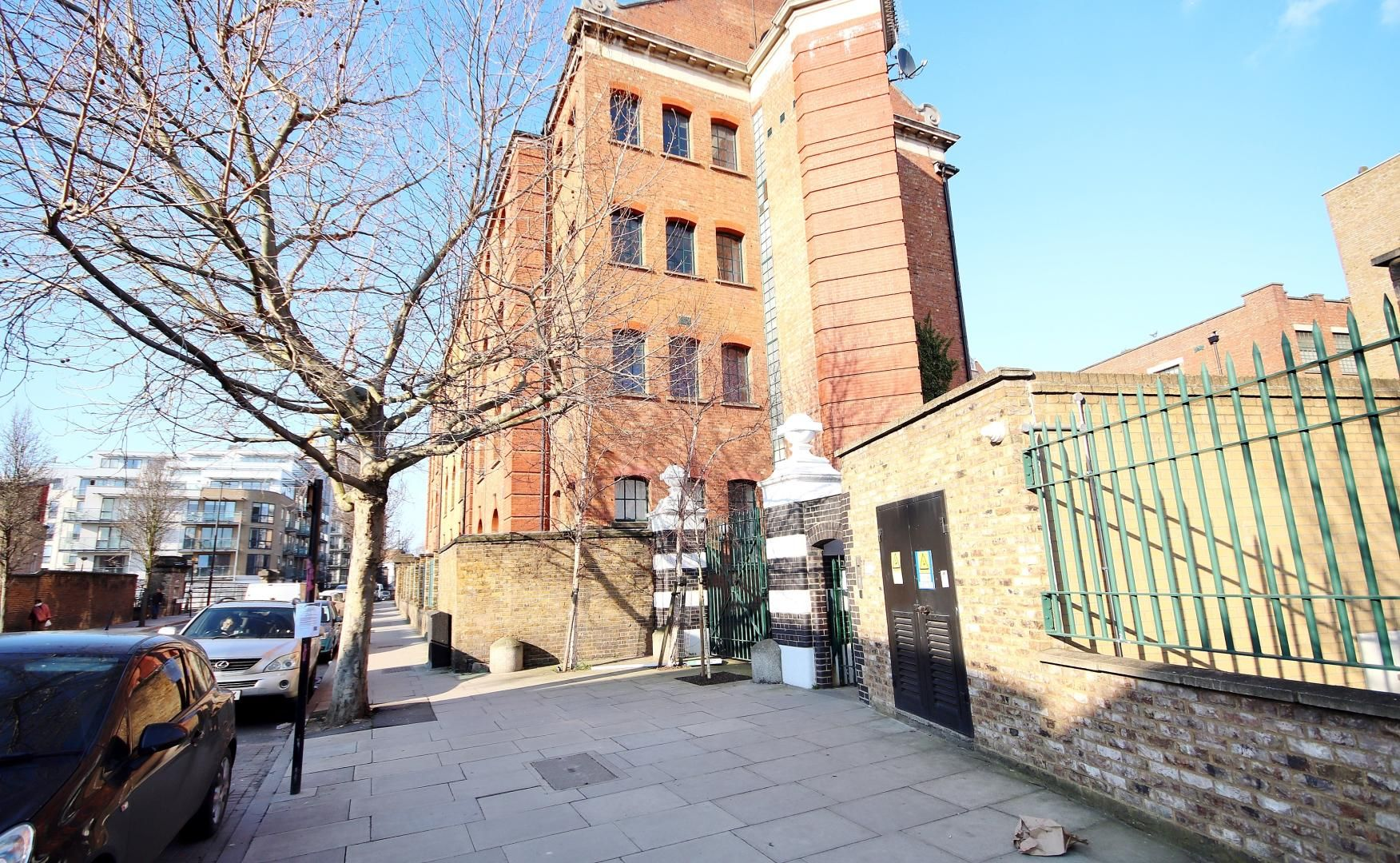 2 bed flat to rent in Colmans Wharf  - Property Image 11