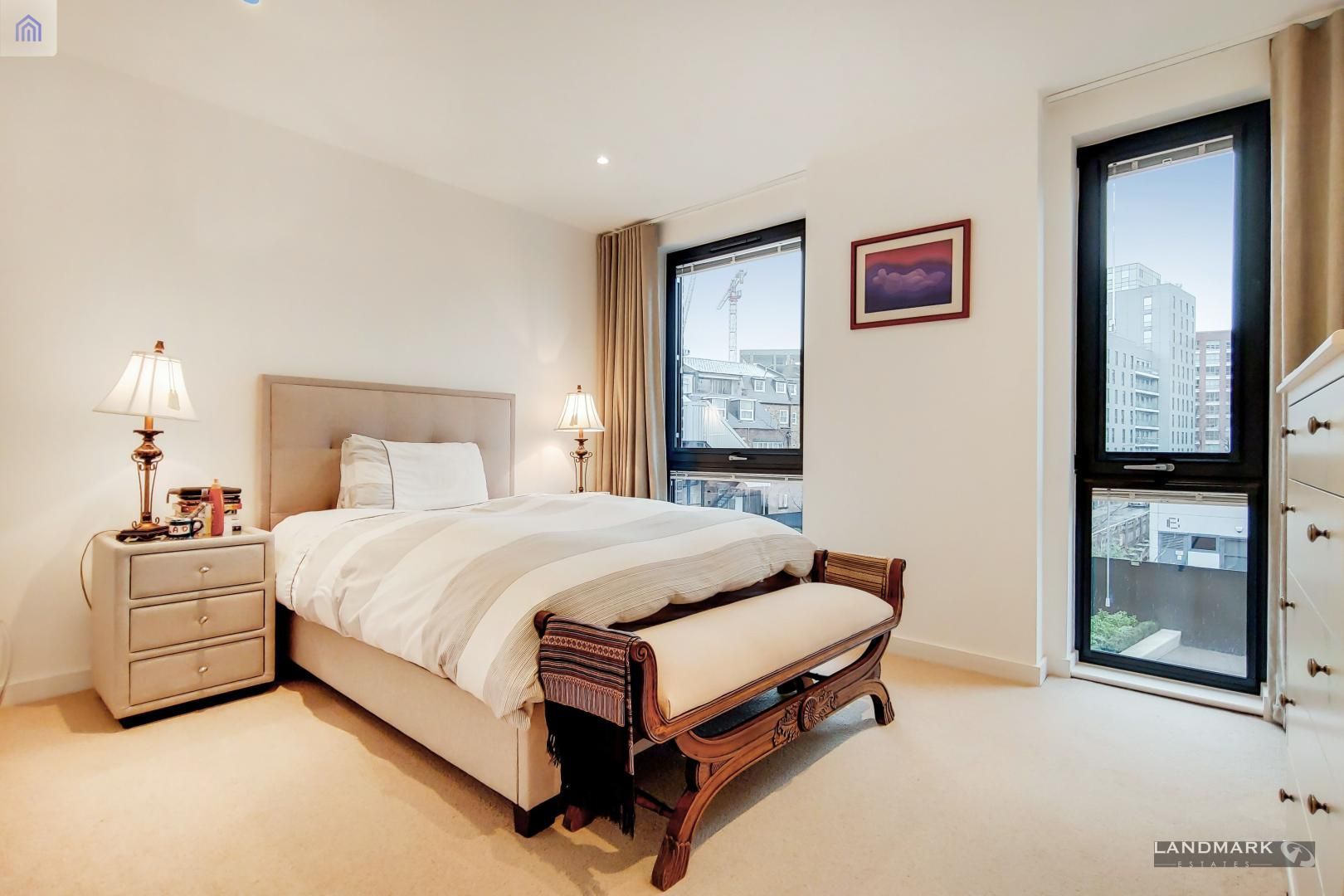 3 bed house for sale in Williamsburg Plaza  - Property Image 4