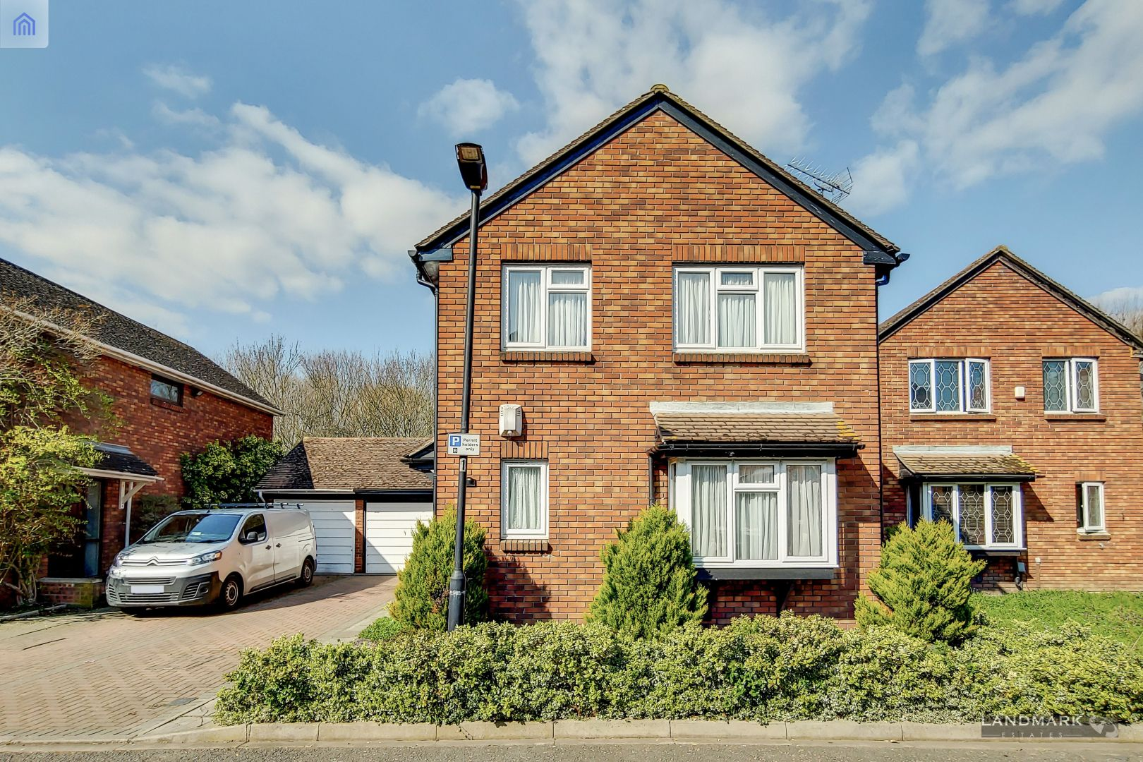 4 bed house for sale in Chichester Close - Property Image 1