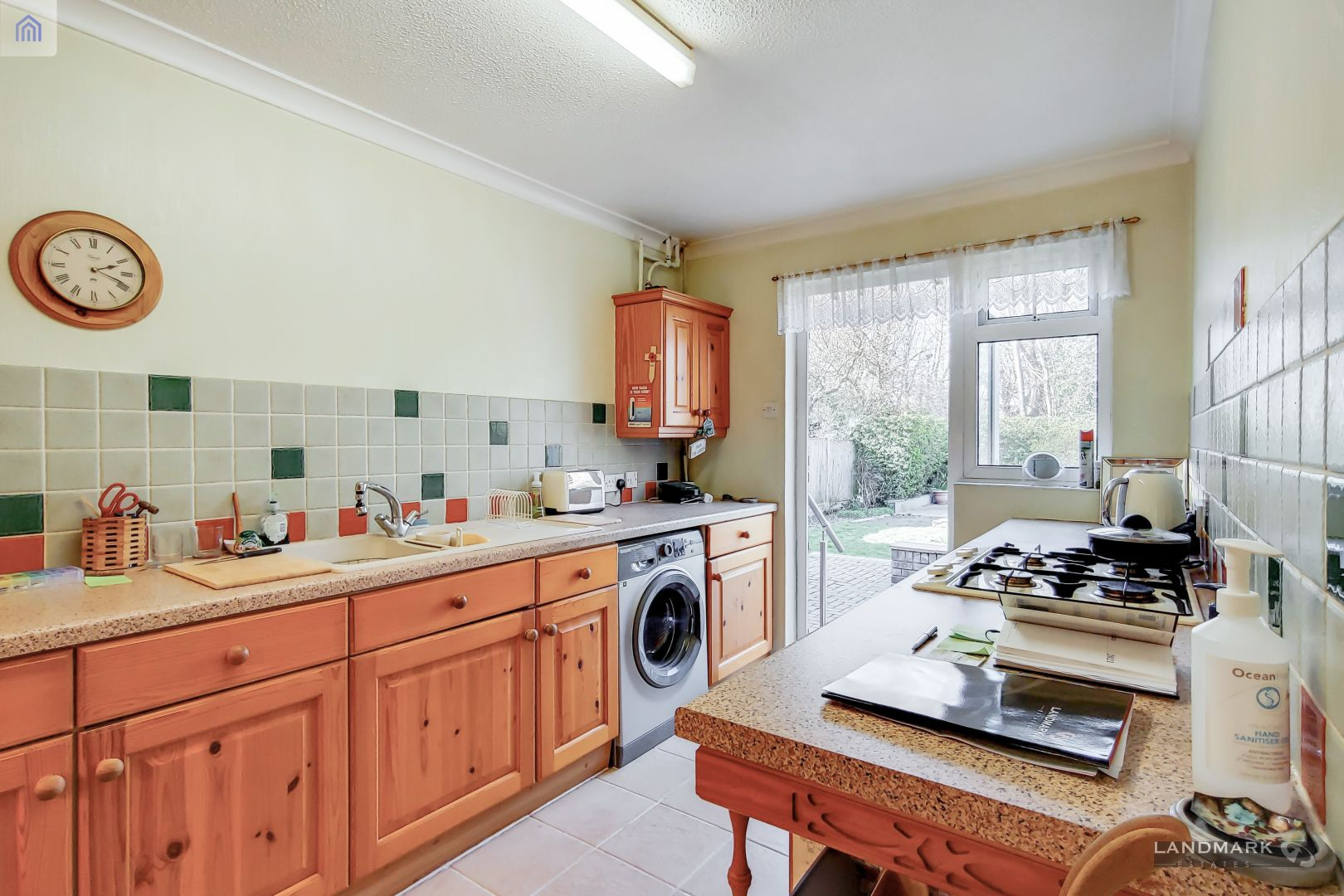 4 bed house for sale in Chichester Close  - Property Image 8