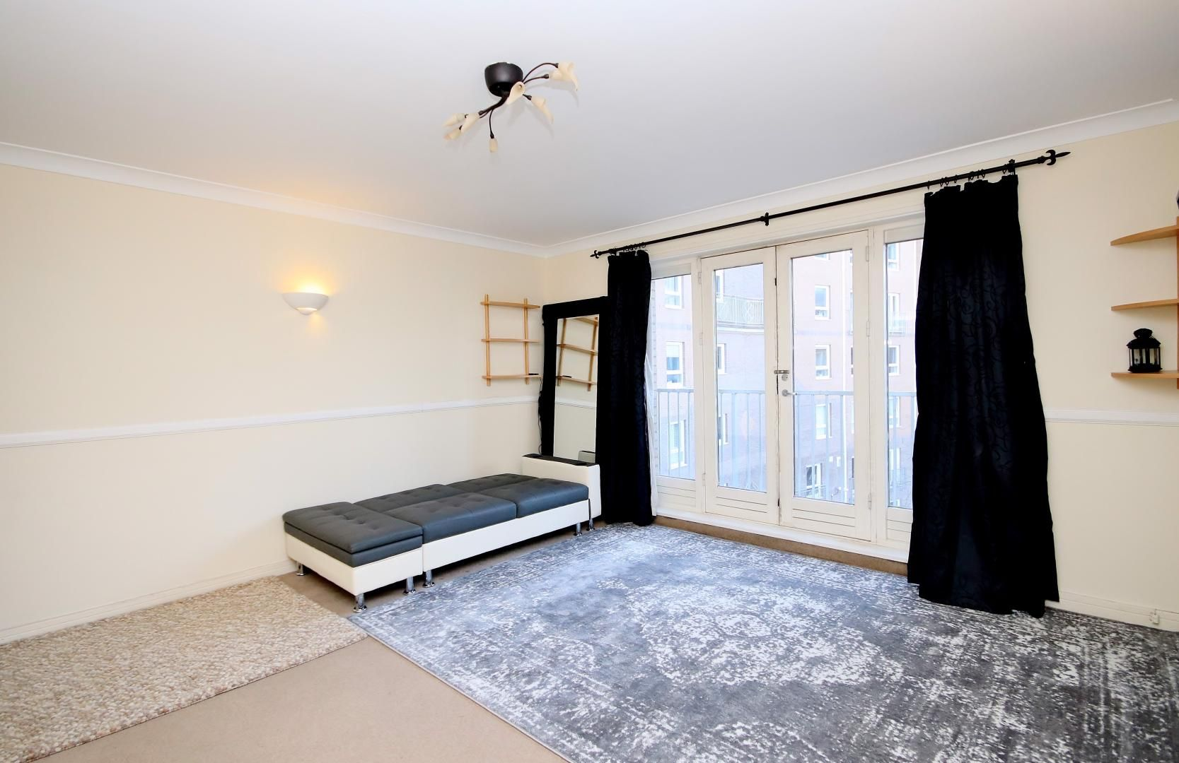 1 bed flat for sale in Hera Court  - Property Image 4
