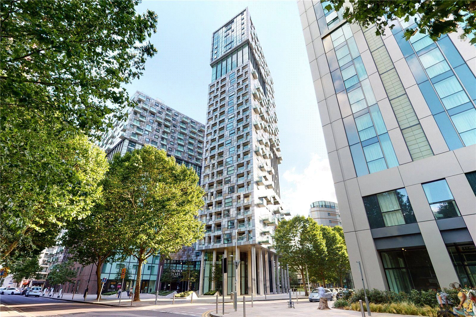 1 bed flat to rent in Talisman Tower - Property Image 1