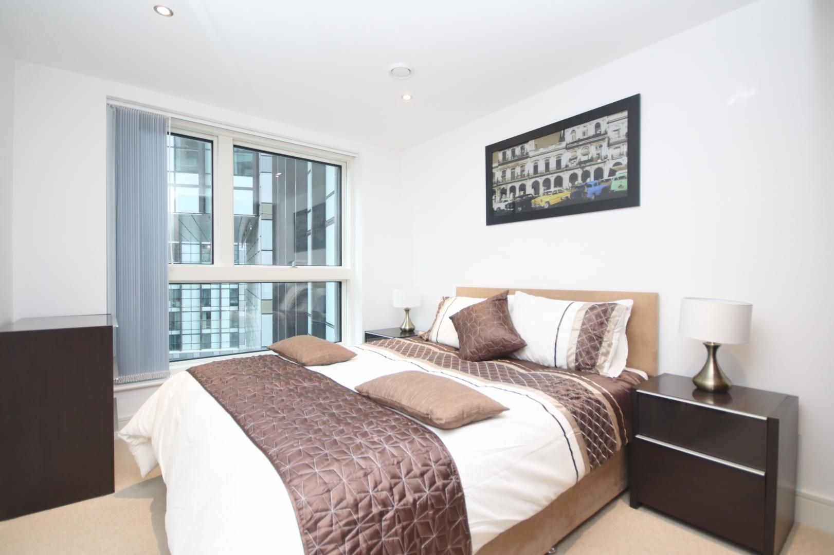 1 bed flat to rent in Talisman Tower  - Property Image 2