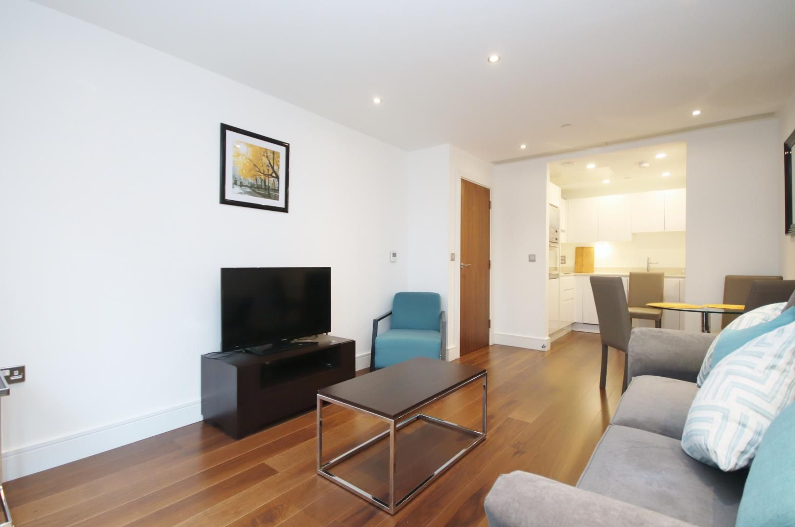 1 bed flat to rent in Talisman Tower  - Property Image 4