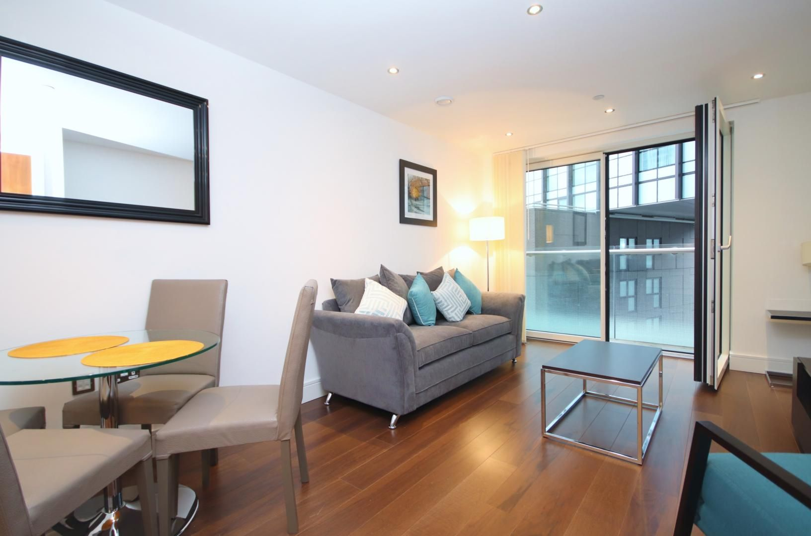 1 bed flat to rent in Talisman Tower  - Property Image 5