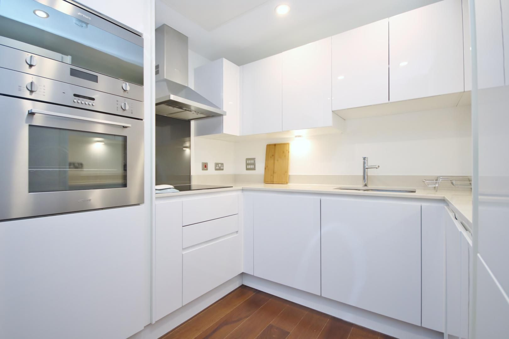 1 bed flat to rent in Talisman Tower  - Property Image 6