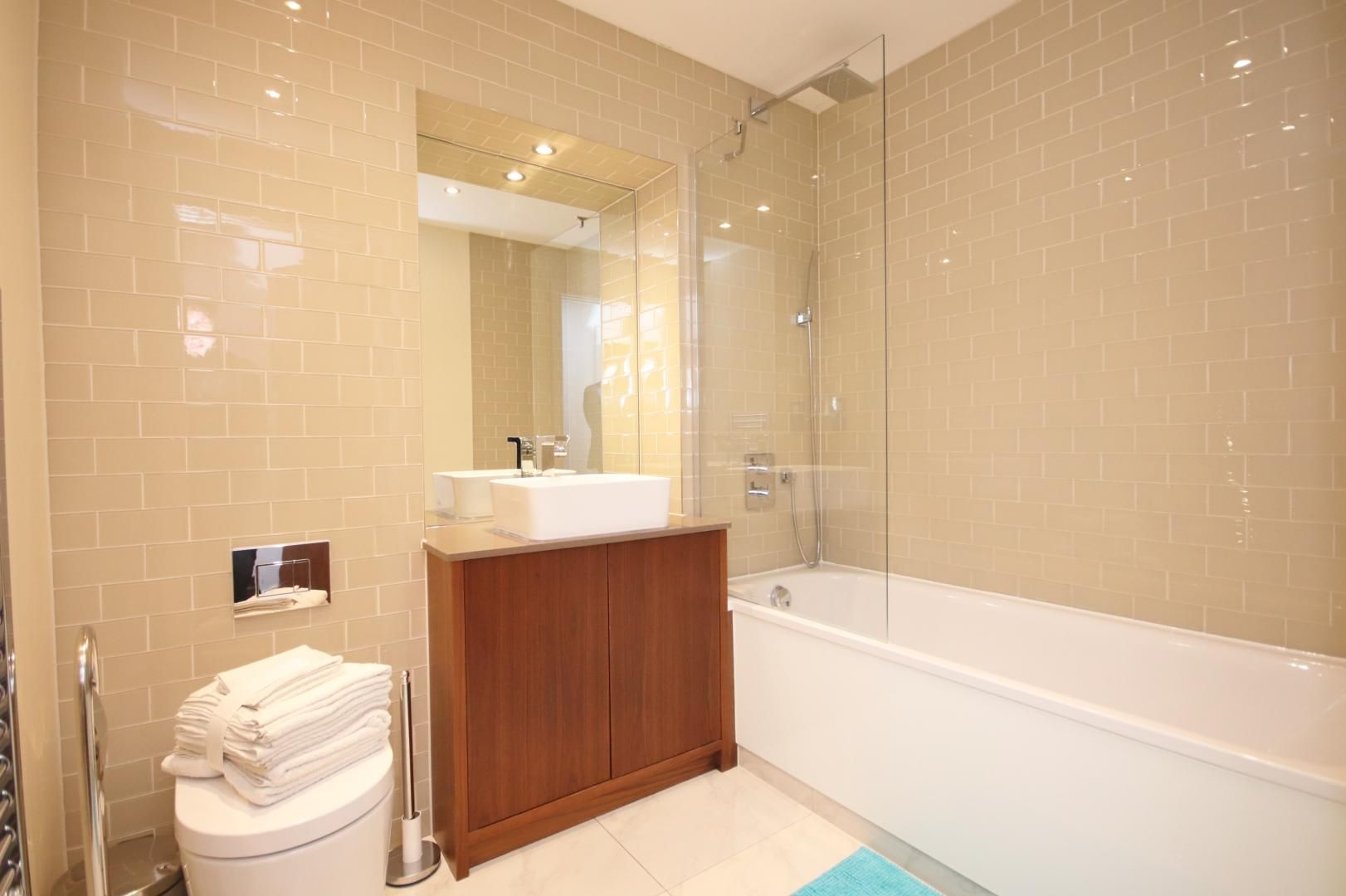 1 bed flat to rent in Talisman Tower  - Property Image 7