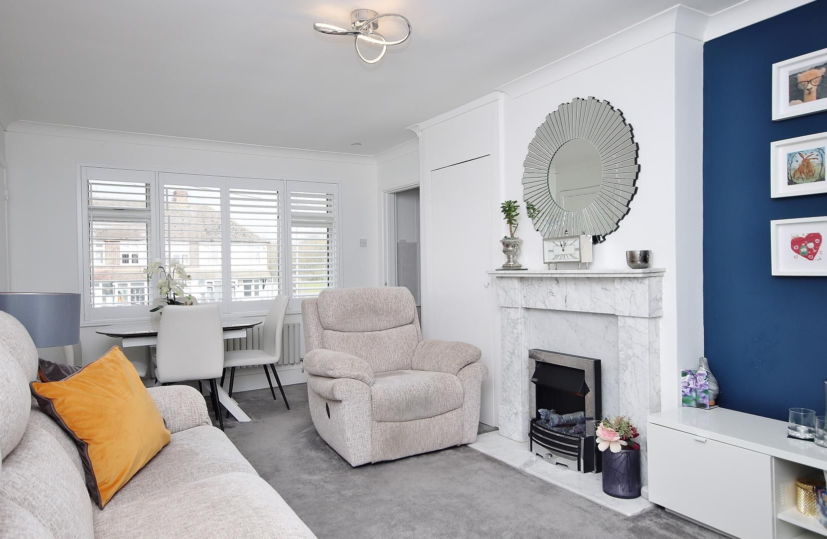 1 bed flat for sale in Stifford Road  - Property Image 3