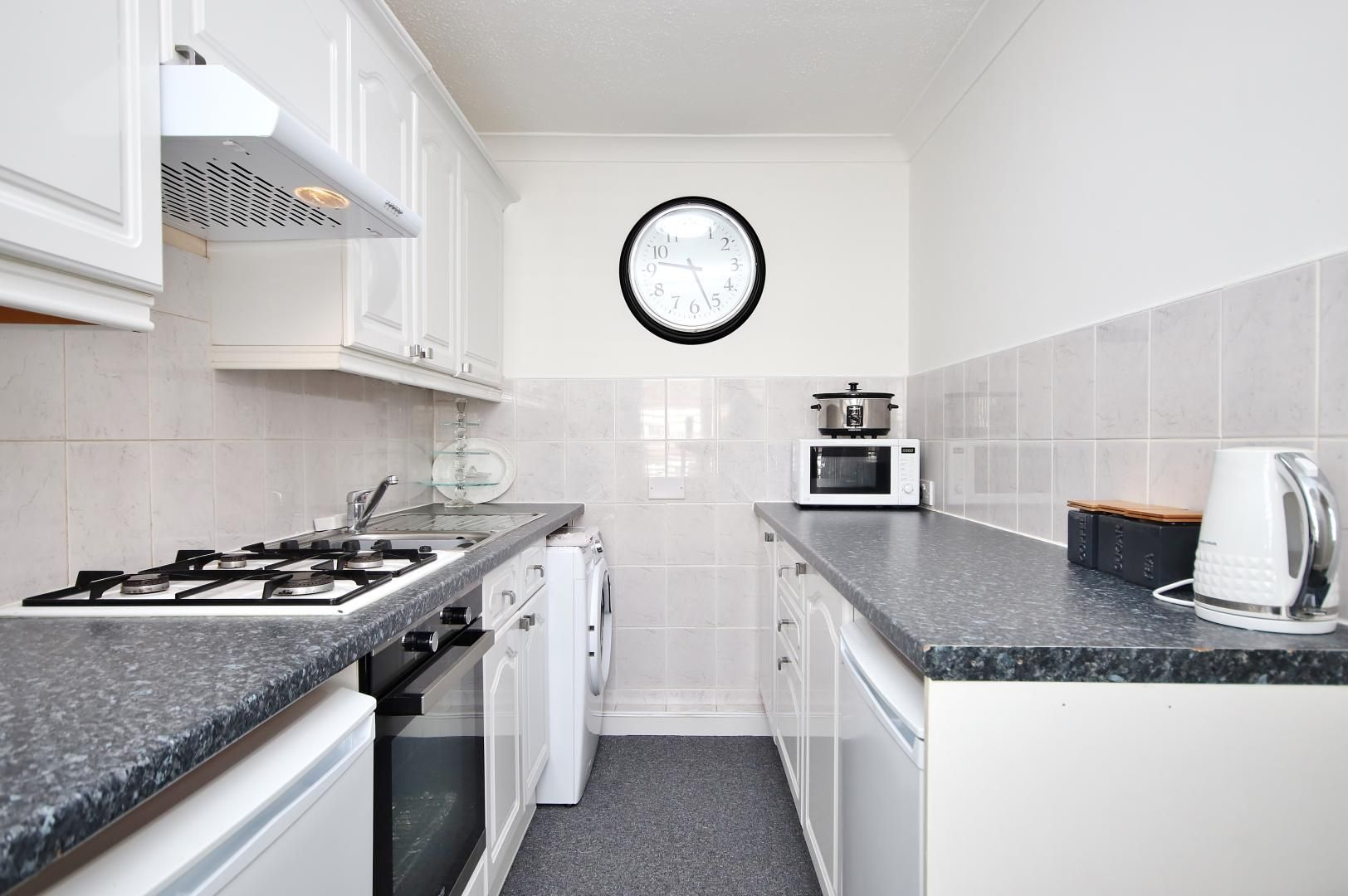1 bed flat for sale in Stifford Road  - Property Image 7