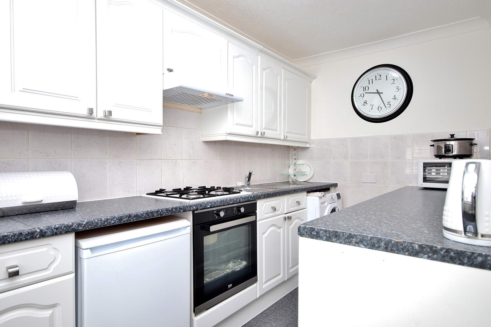 1 bed flat for sale in Stifford Road  - Property Image 8
