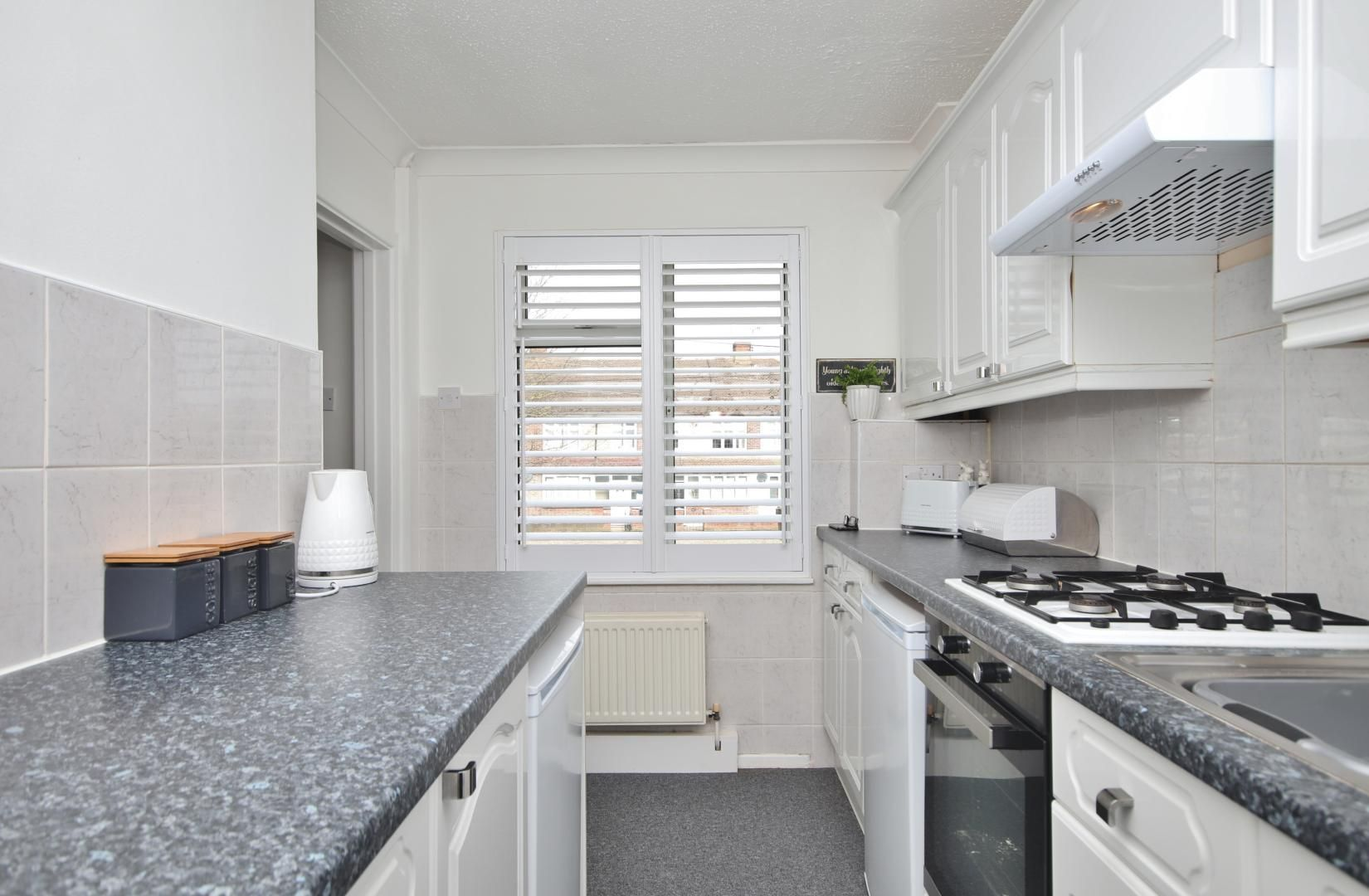 1 bed flat for sale in Stifford Road  - Property Image 9