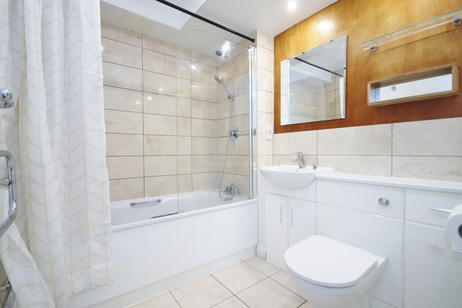 1 bed flat to rent in Franklin Building  - Property Image 6