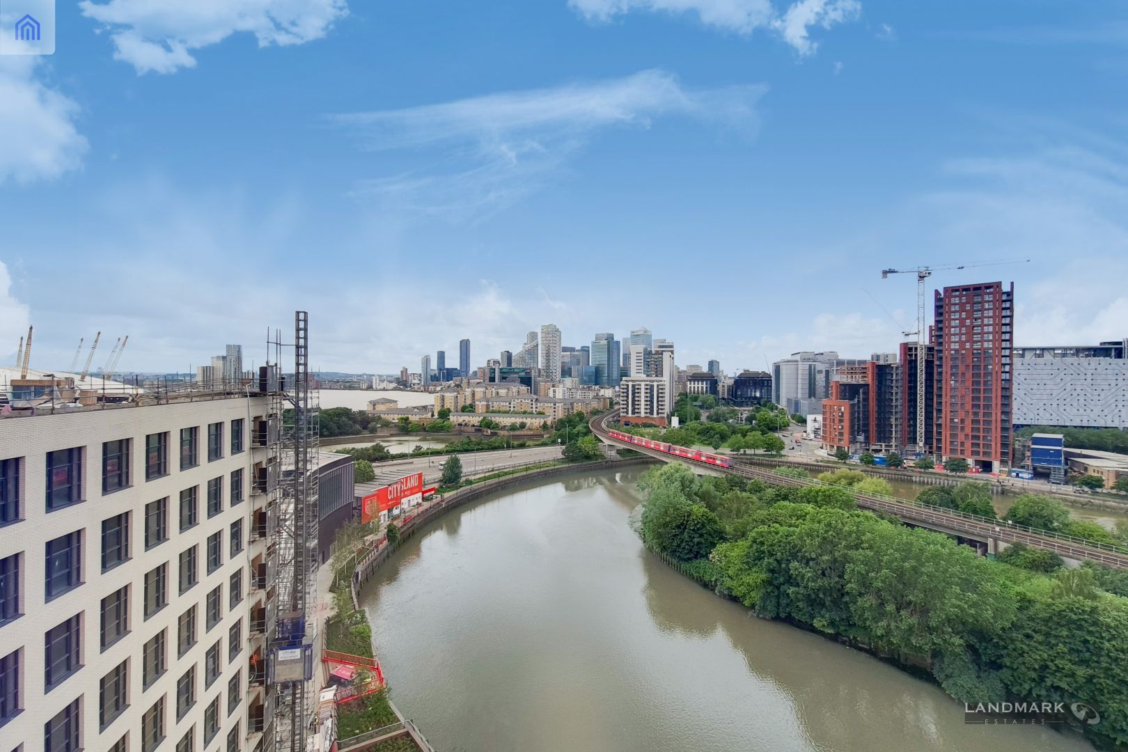 2 bed flat for sale in Java House  - Property Image 2